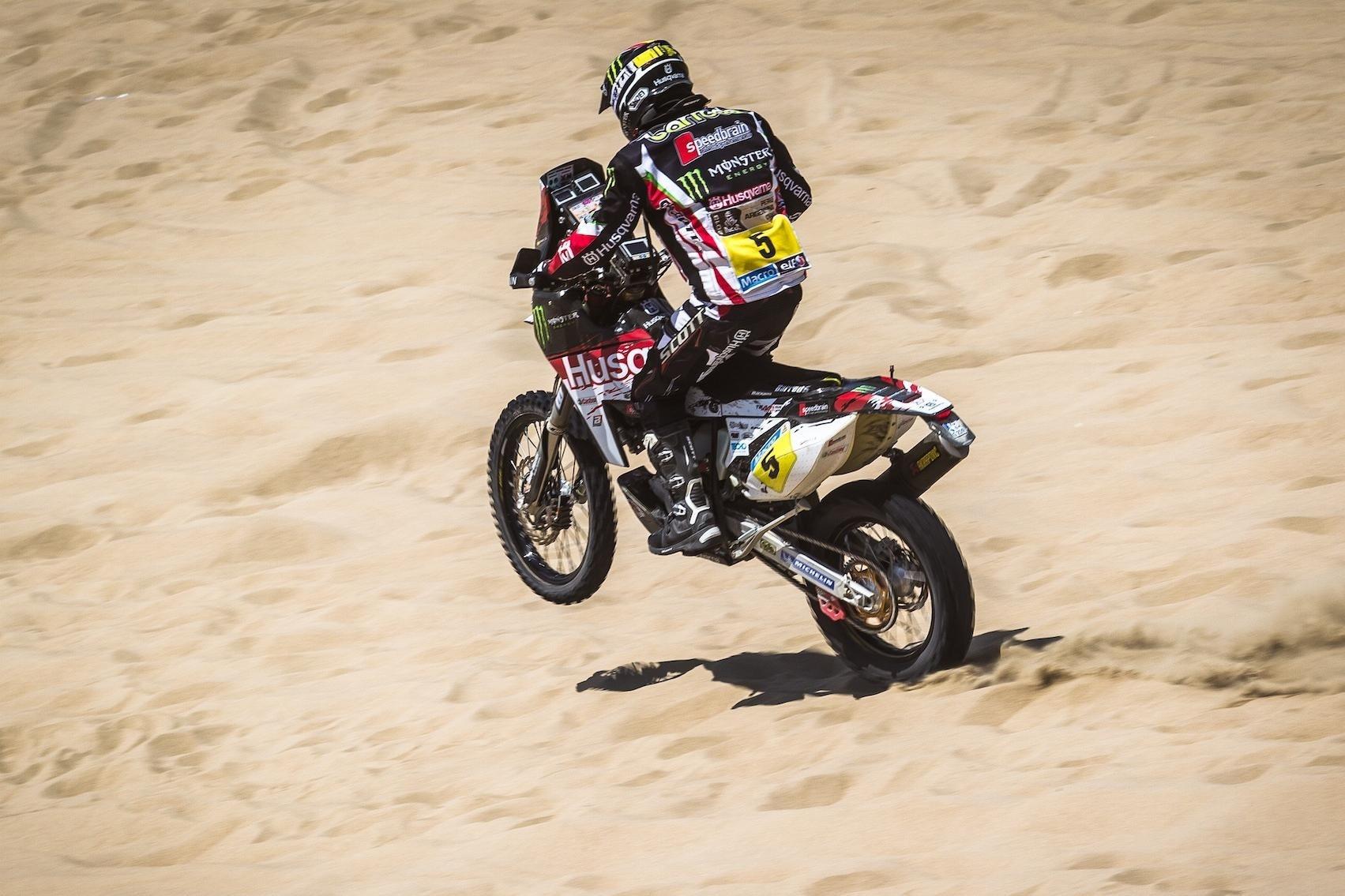 Barreda se apunta su cuarta victoria en motos
