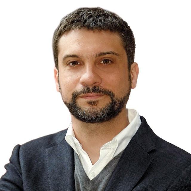 Diputado regional del PSOE murciano reprende a Rubalcaba por posponer la «reconstrucción» del partido