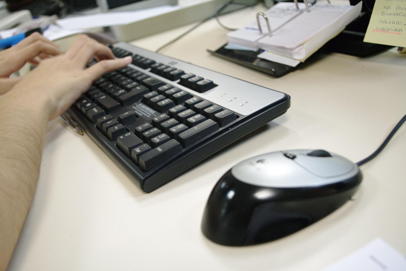 España, líder europeo en adicción de los adolescentes a Internet, según un estudio