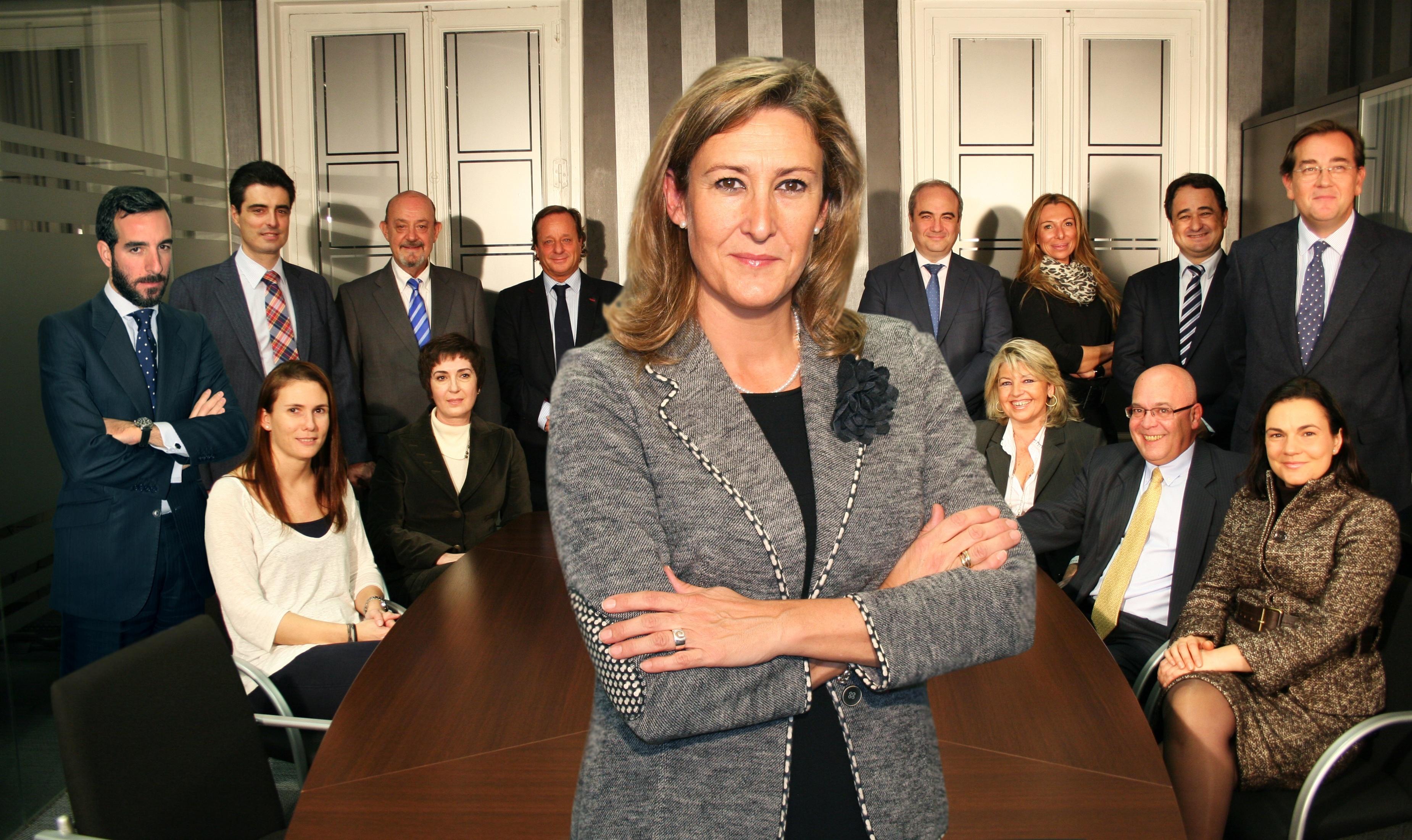 Sonia Gumpert toma posesión como decana del ICAM bajo la promesa de trabajar al servicio de la Abogacía madrileña