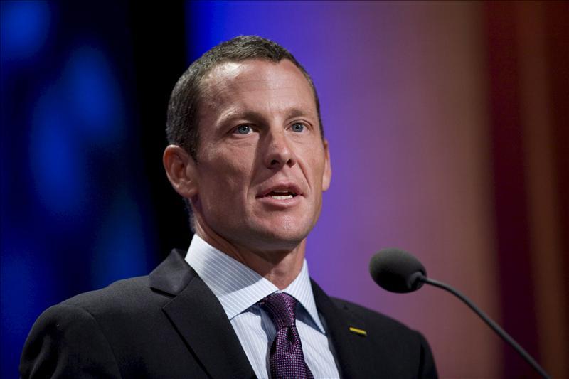 La UCI afirma que Armstrong tendrá que declarar ante la Comisión si admite su dopaje