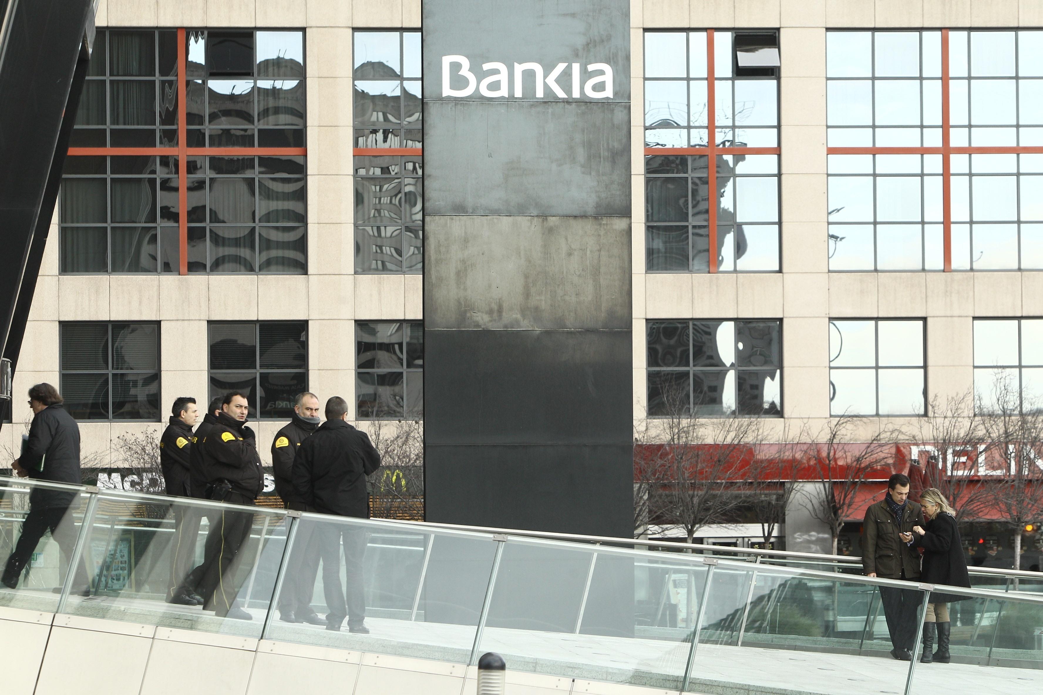 Bankia plantea prorrogar de forma indefinida las rebajas de sueldo del 50%