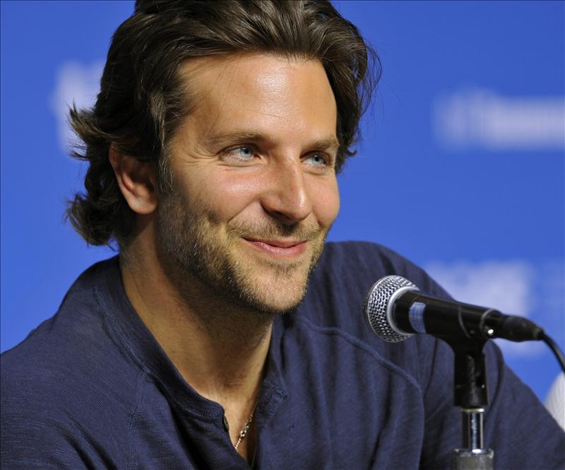 Bradley Cooper afirma que llevará a su madre a los Óscar y disfrutará de cada segundo