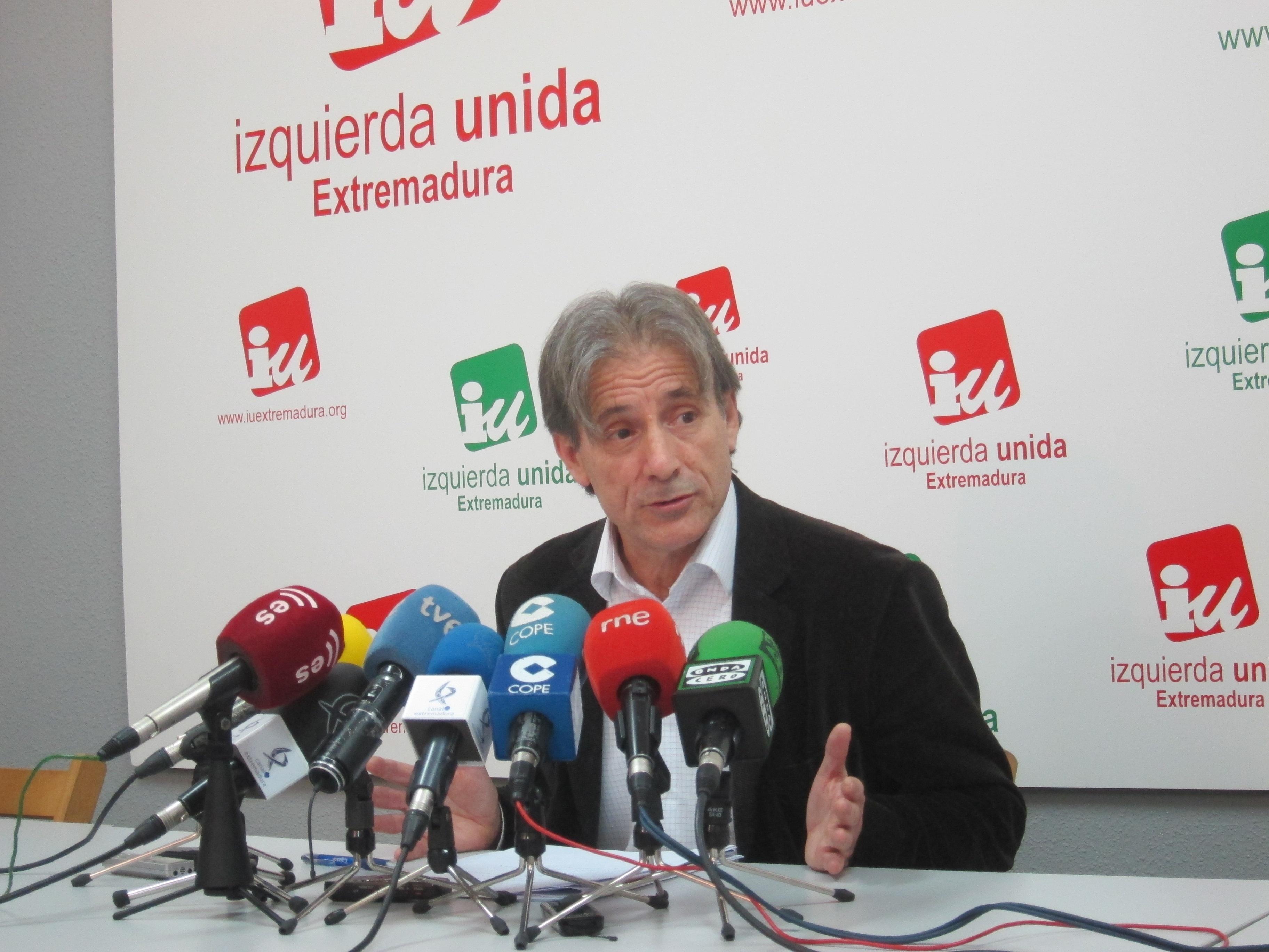 IU ve «espacio suficiente para el consenso» en Renta Básica por «enormes similitudes» entre los textos de GobEx y PSOE