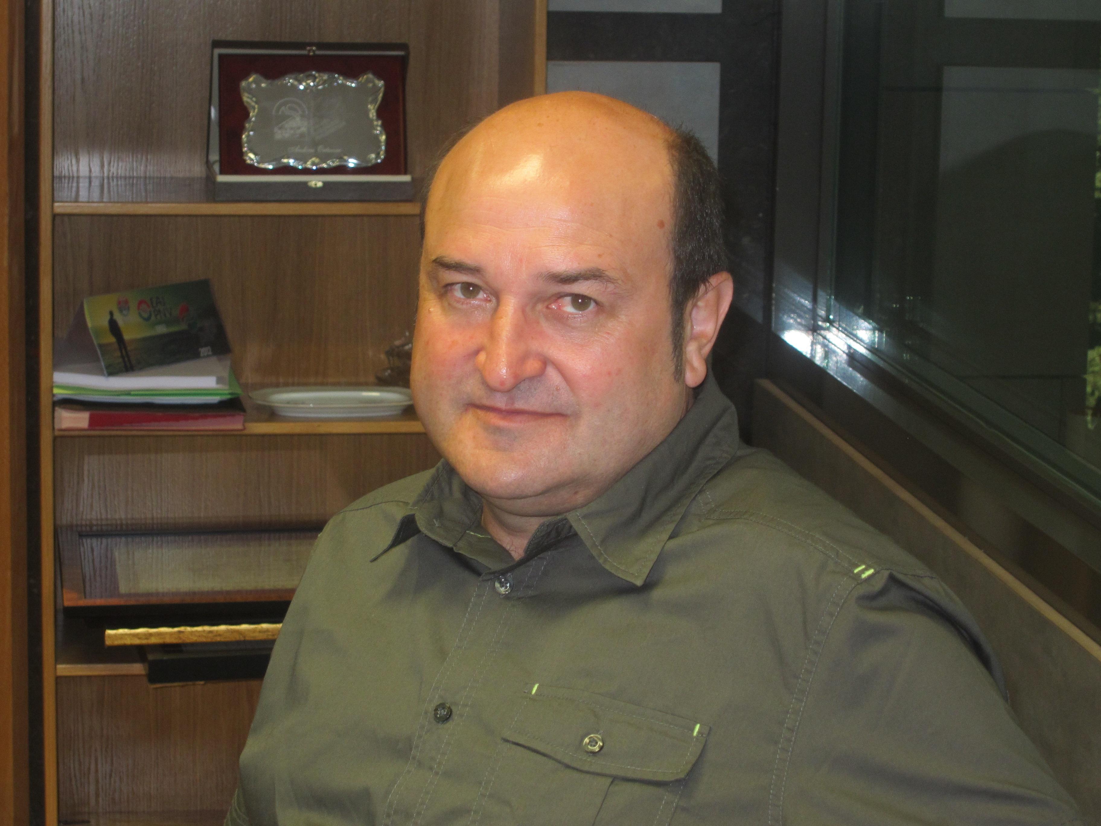 Ortuzar (PNV) pretende recuperar «unas relaciones fluidas» con el PSE para llegar a colaborar en los «grandes temas»