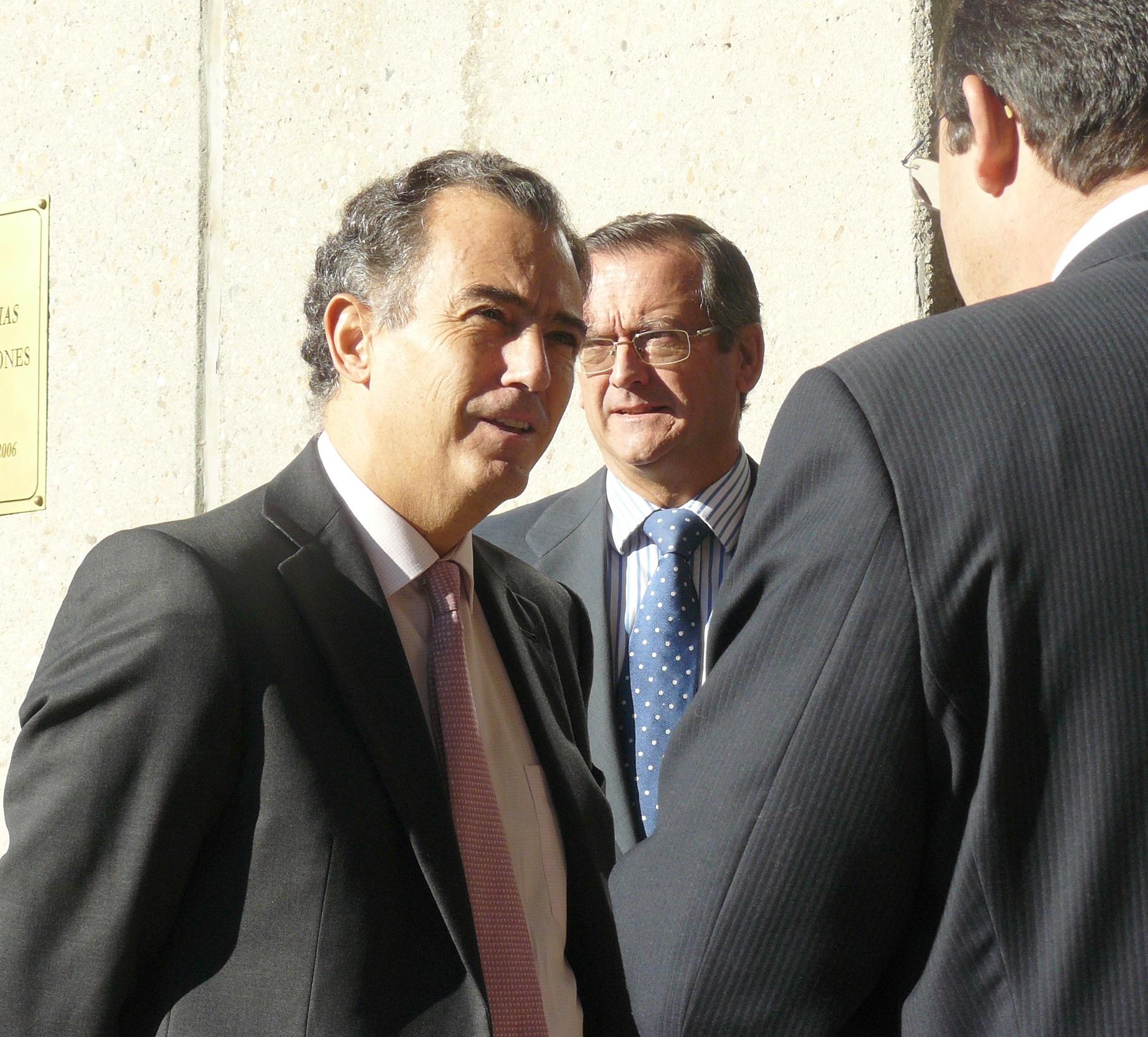 Ossorio asevera en que las tasas del »euro por receta» de la Comunidad de Madrid y Cataluña «son diferentes»
