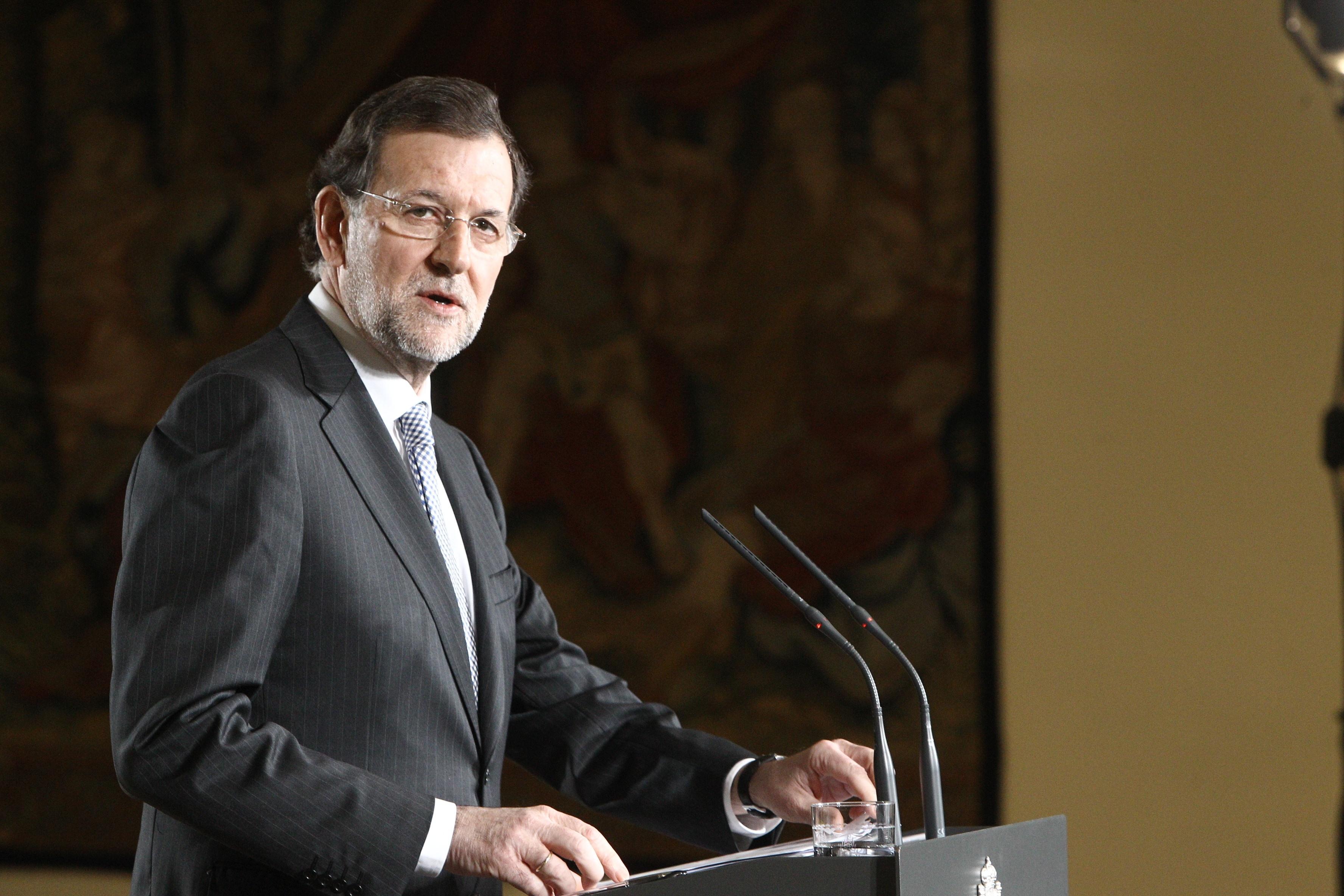 Rajoy dice que el PIB crece ya un 0,2% en algunos sectores