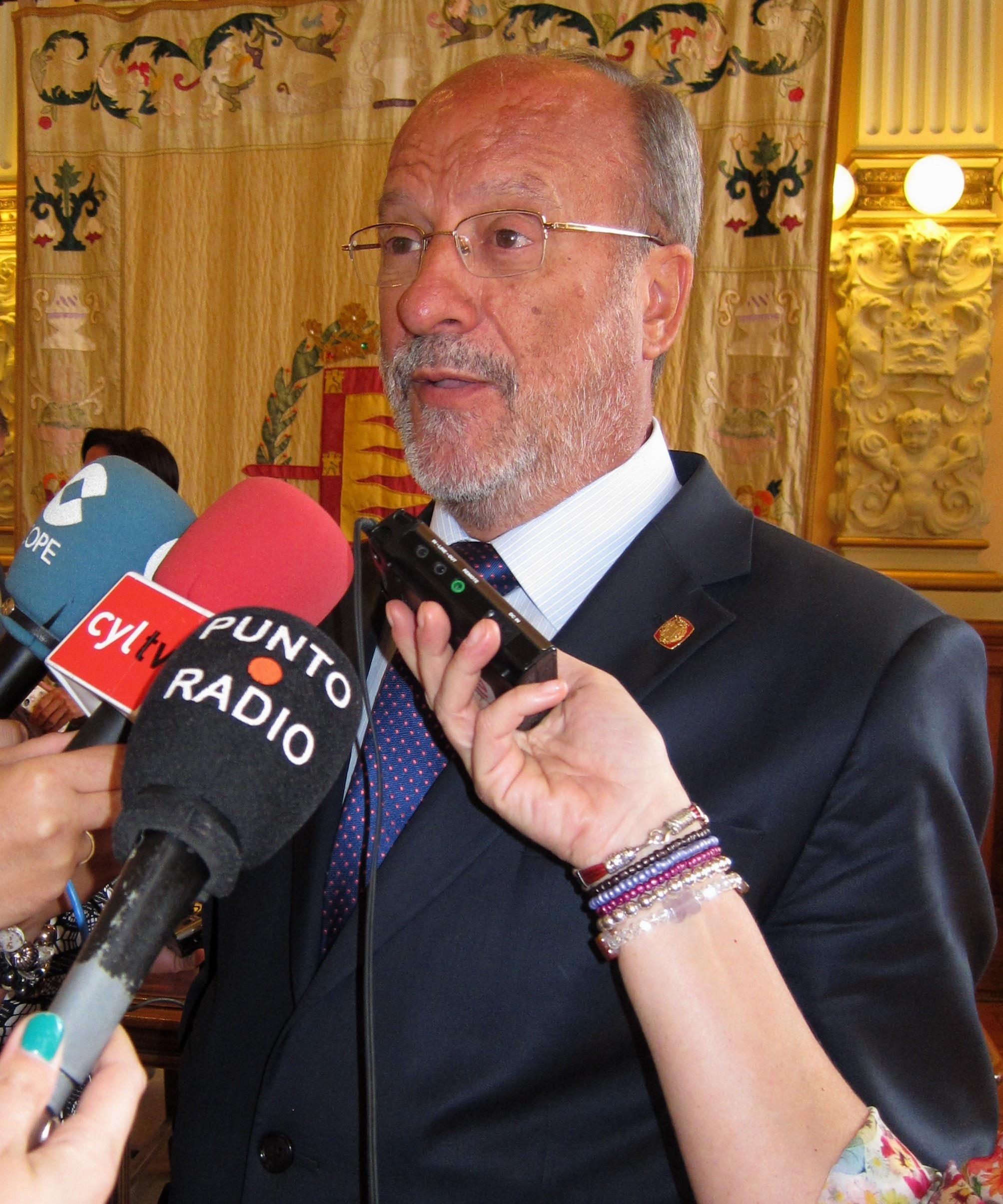 De la Riva confirma el cese del director general de Valladolid Alta Velocidad para «simplificar» su funcionamiento
