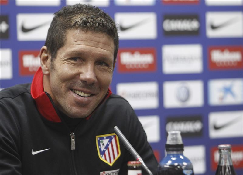 Simeone asegura que «Falcao está bien y casi seguro jugará» contra el Betis