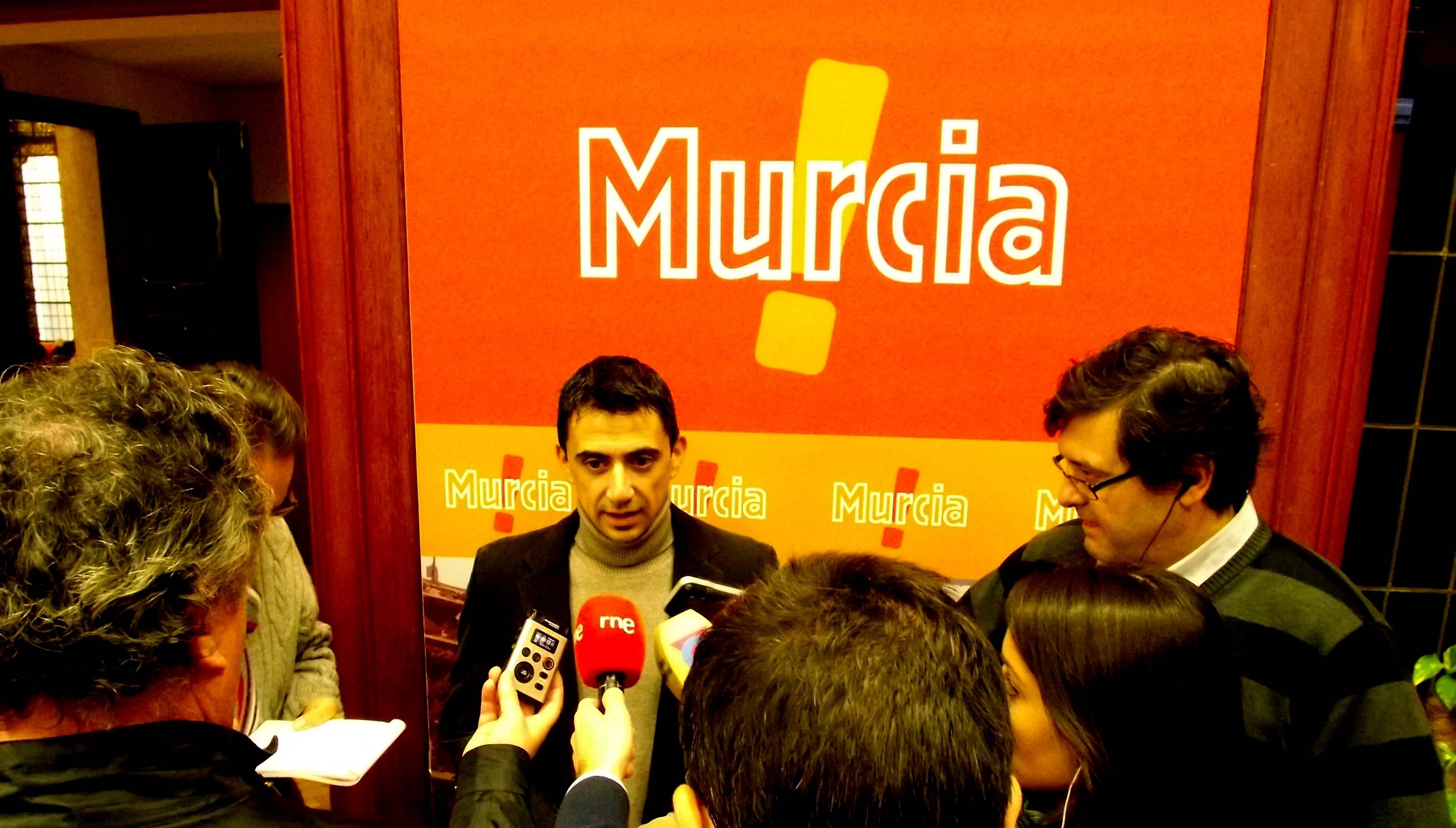 UPyD Murcia considera un «auténtico despropósito» la eliminación de ayudas a los »búho-bus»