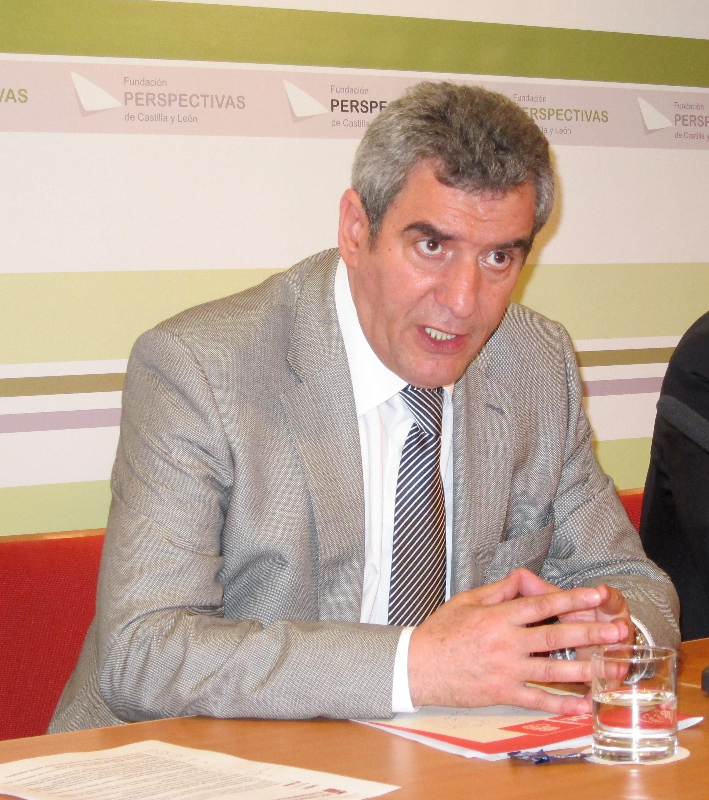 Villarrubia, satisfecho por el mantenimiento del Consejo de la Juventud de CyL con personalidad jurídica pública