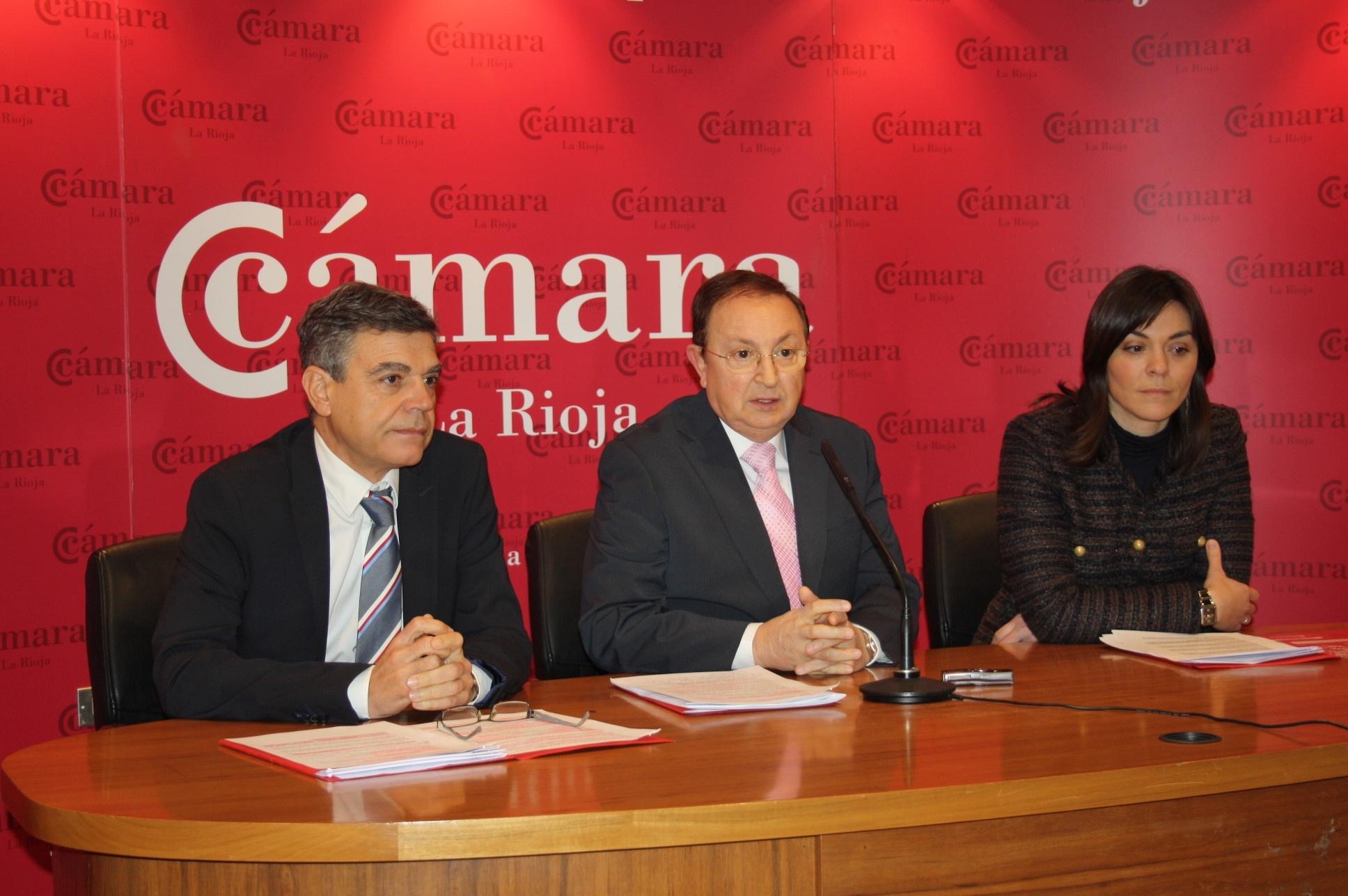 La economía riojana «no remonta el vuelo» aunque atisba esperanza «por la bajada de la prima de riesgo»