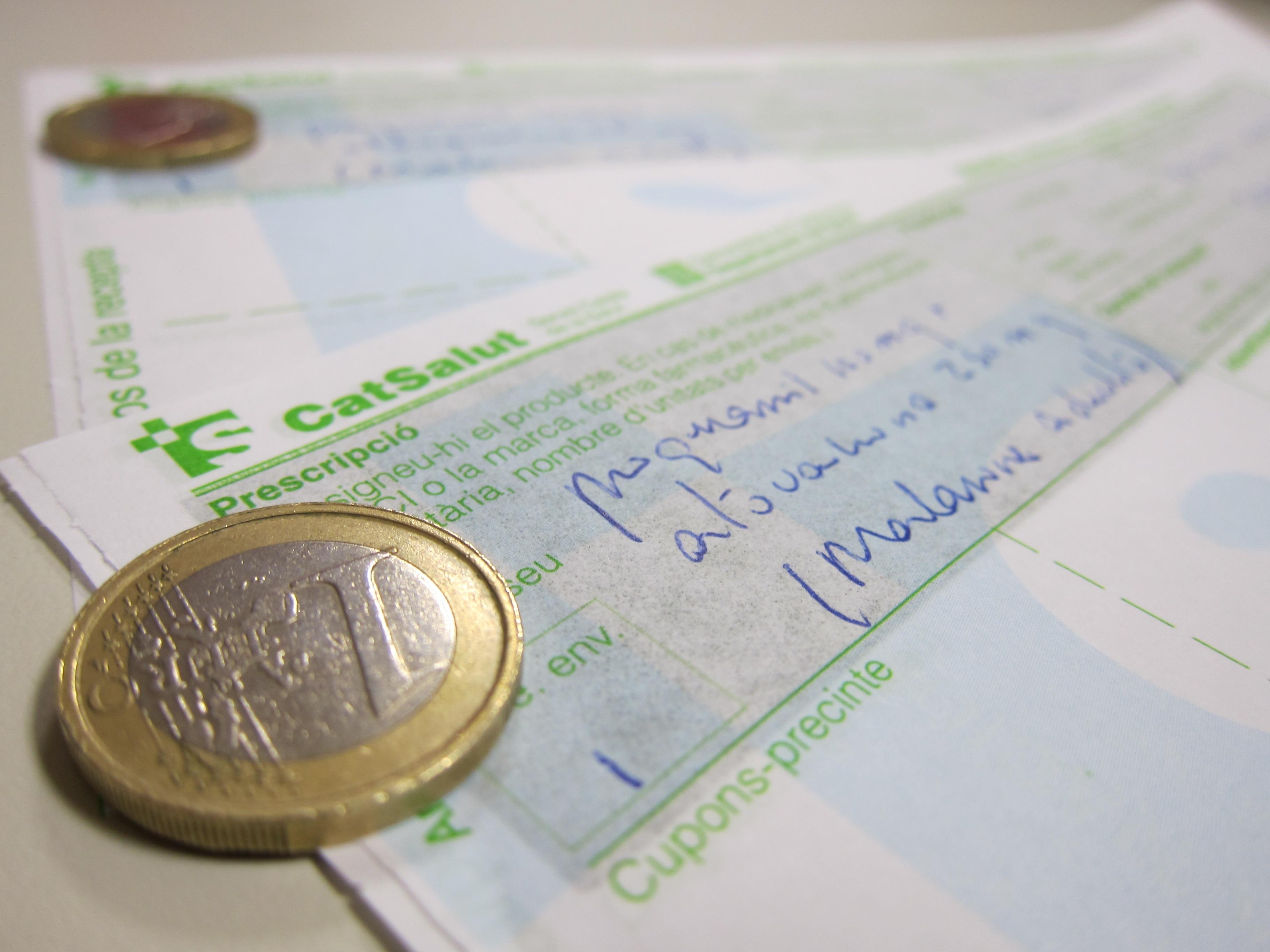Las farmacias catalanas dejarán de cobrar el euro por receta a las 23 horas