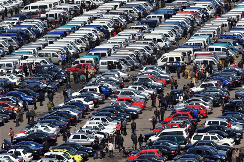 El mercado europeo de turismos cierra 2012 con una caída del 8,2 por ciento