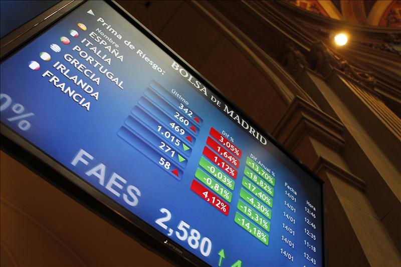 La prima de riesgo de España baja a 345 puntos básicos en la apertura