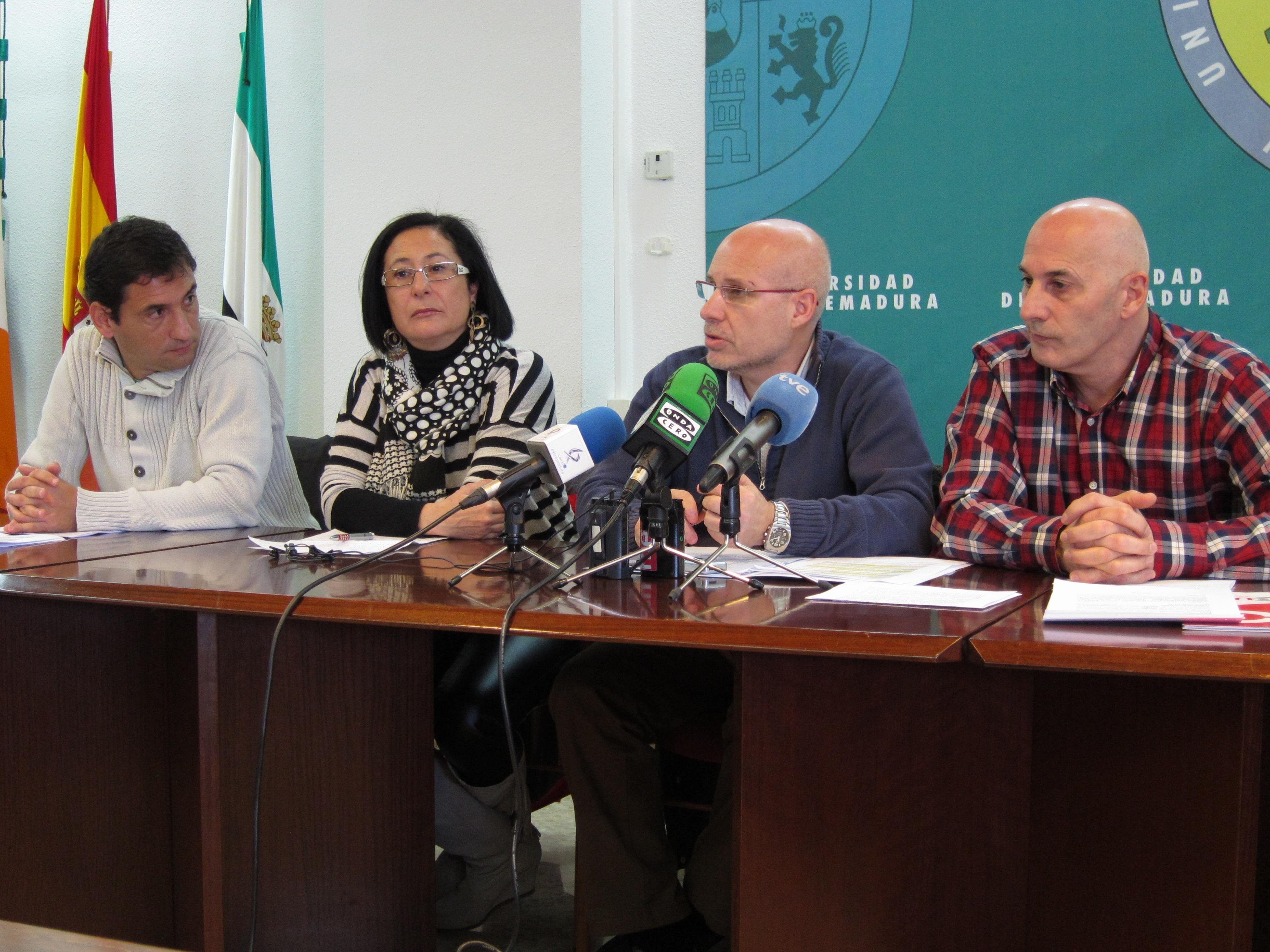 CCOO, UGT, CSIF y USO critican la «discriminación» de personal de la UEx por no recibir en enero el adelanto de la extra