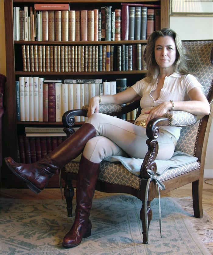 La sobrina nieta de Pío Baroja publica su diario de amazona en la Casa de Campo