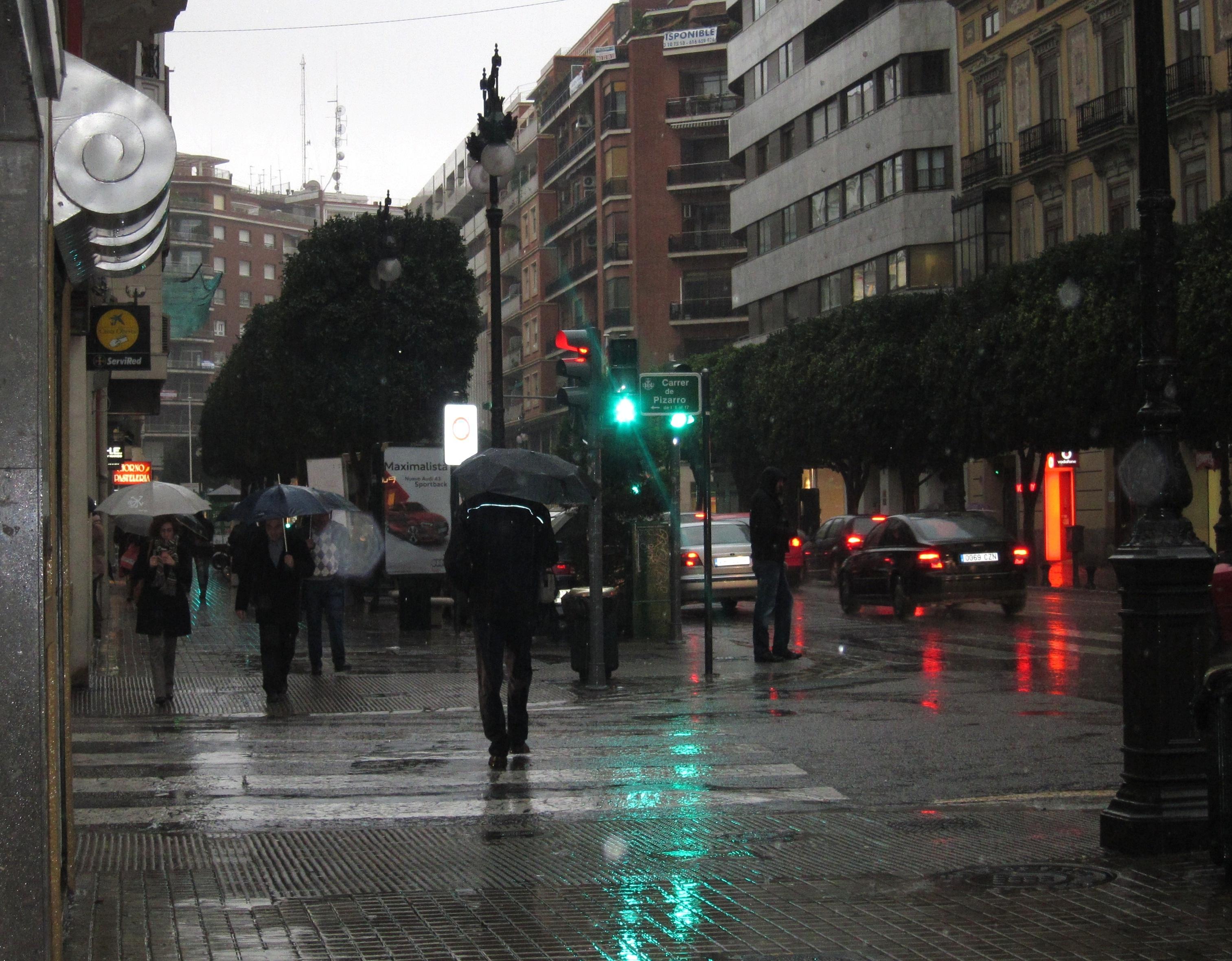 Ampliada la preemergencia por lluvias intensas en el litoral norte de Alicante y en el sur de Valencia