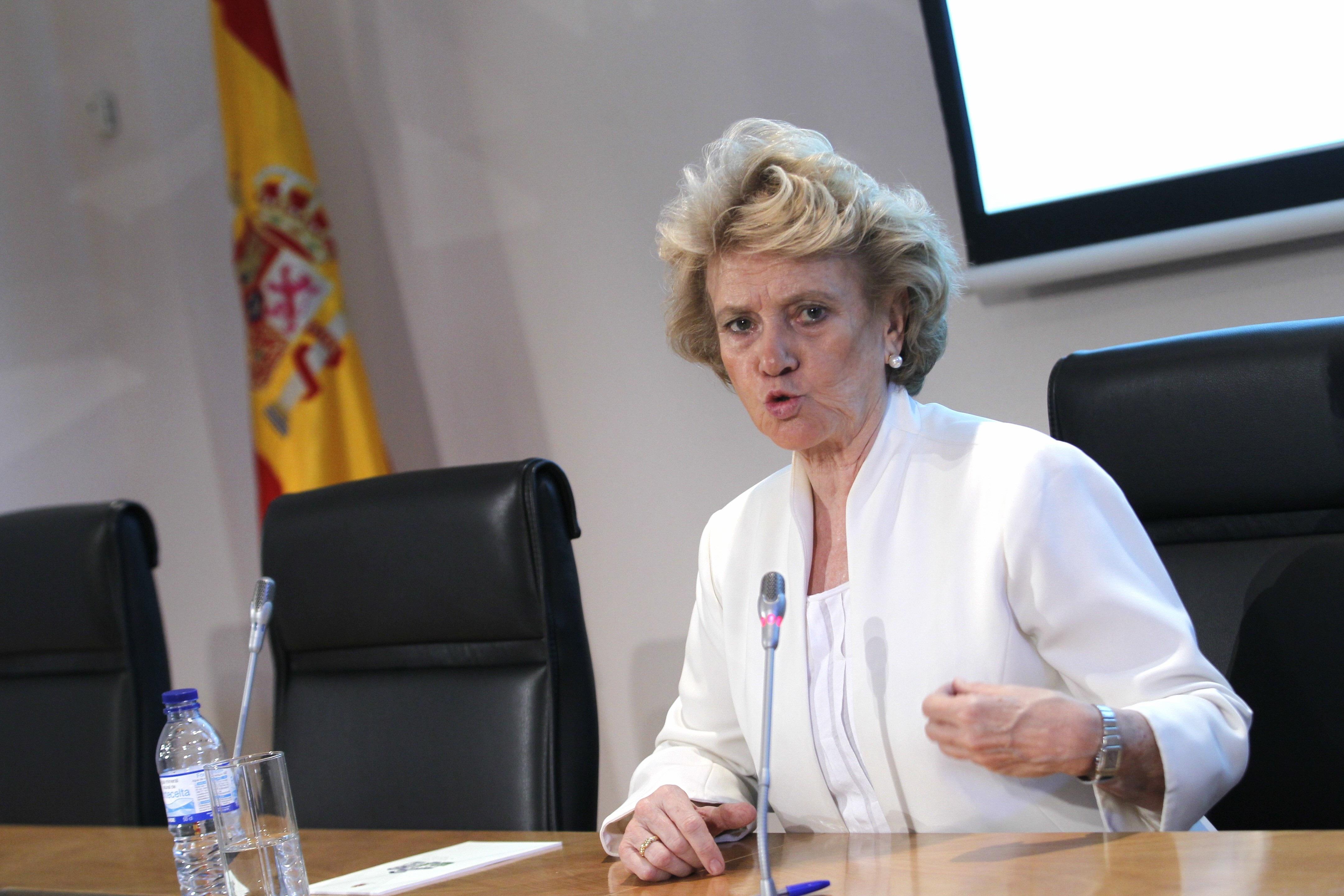 Becerril pide que se establezcan límites a la contención del gasto social para no poner en peligro a los más vulnerables