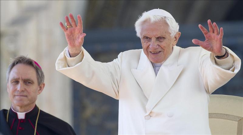 El Papa se despide con un discurso de 153 palabras donde la más repetida es Bien
