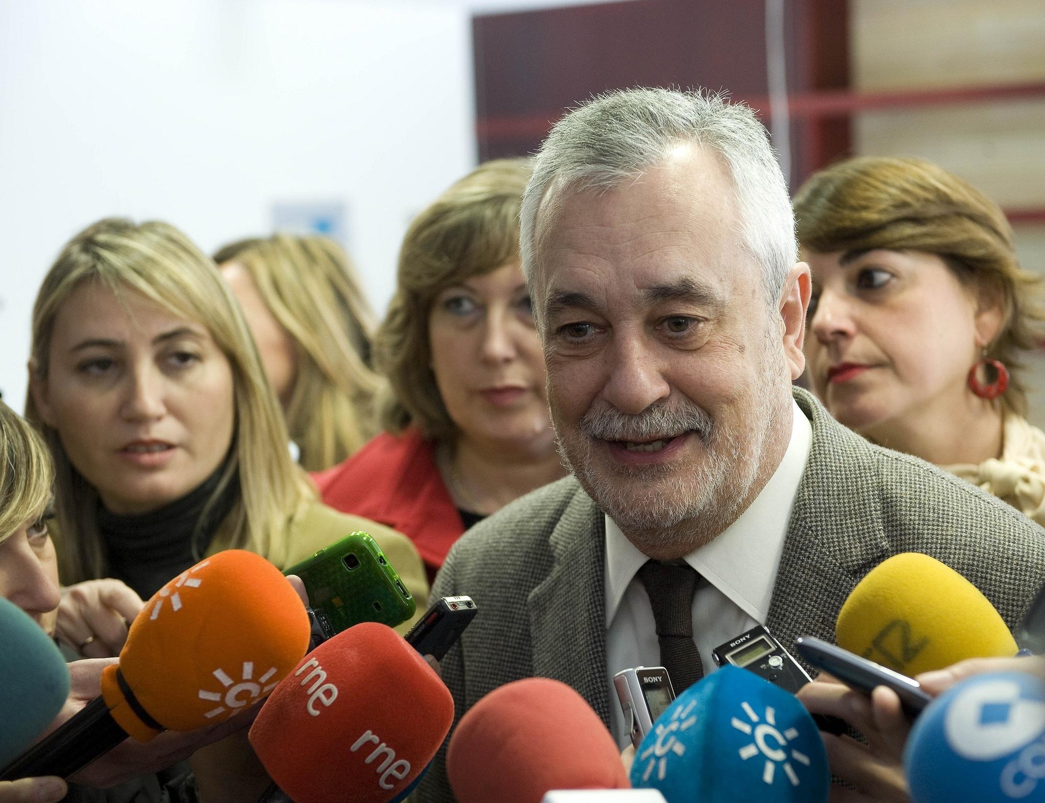 Griñán: Andalucía tendrá un déficit «sustancialmente inferior» a 2011 y estará «por debajo o en la media» por habitante