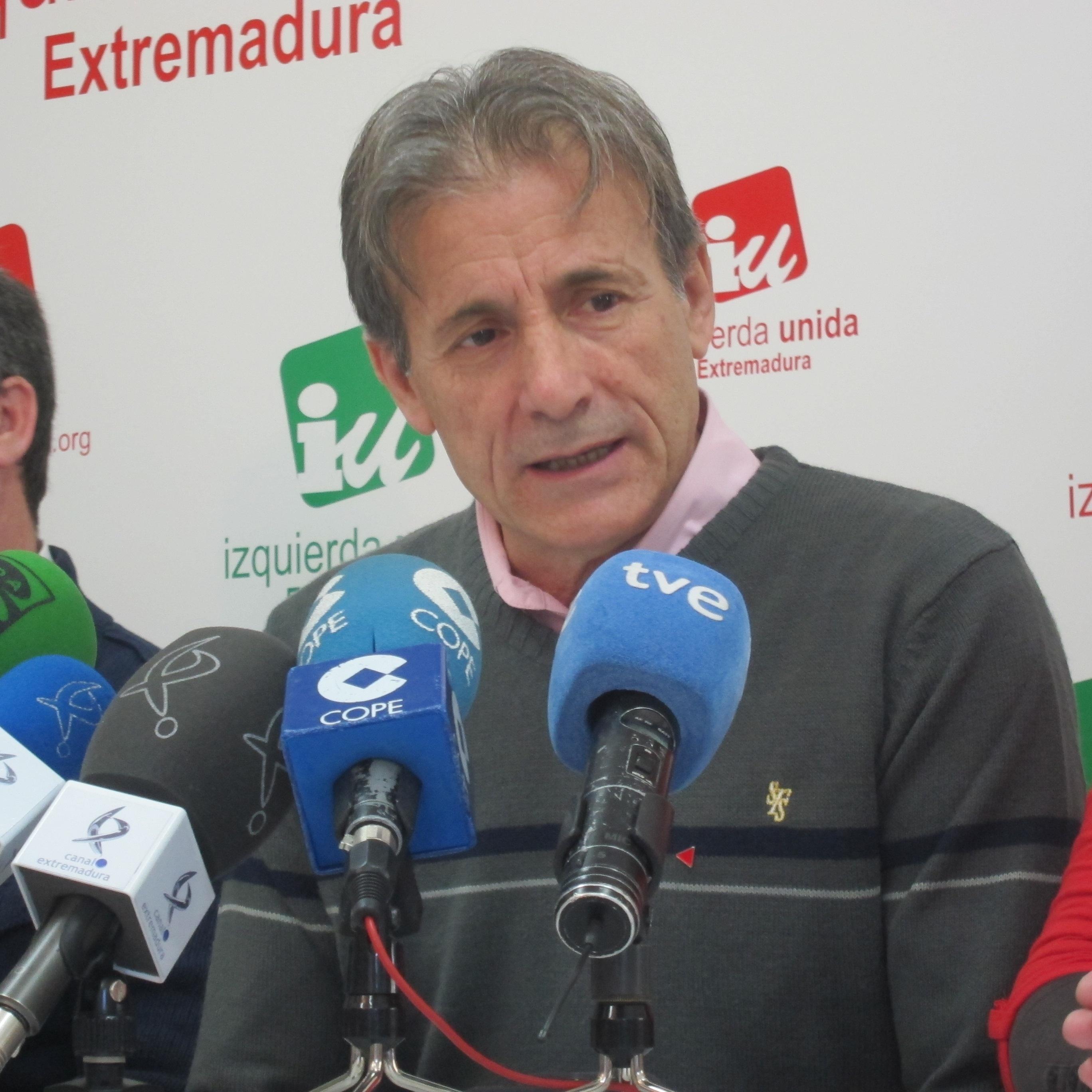 IU-Extremadura «no celebra» el cumplimiento del déficit y pide que «se cierre la puerta a los recortes»