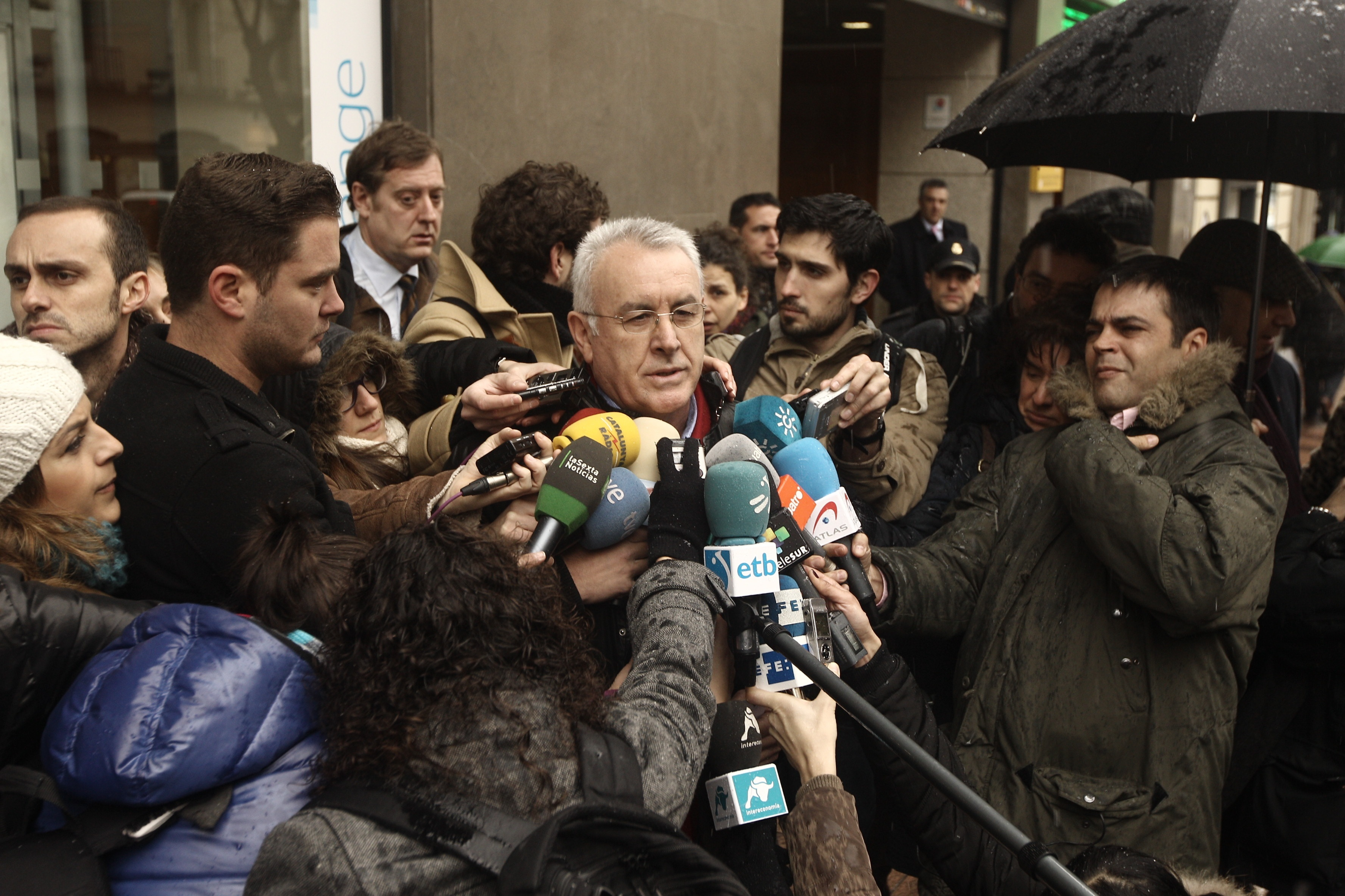 IU se querella en la AN contra los cargos del PP por el »caso Bárcenas»