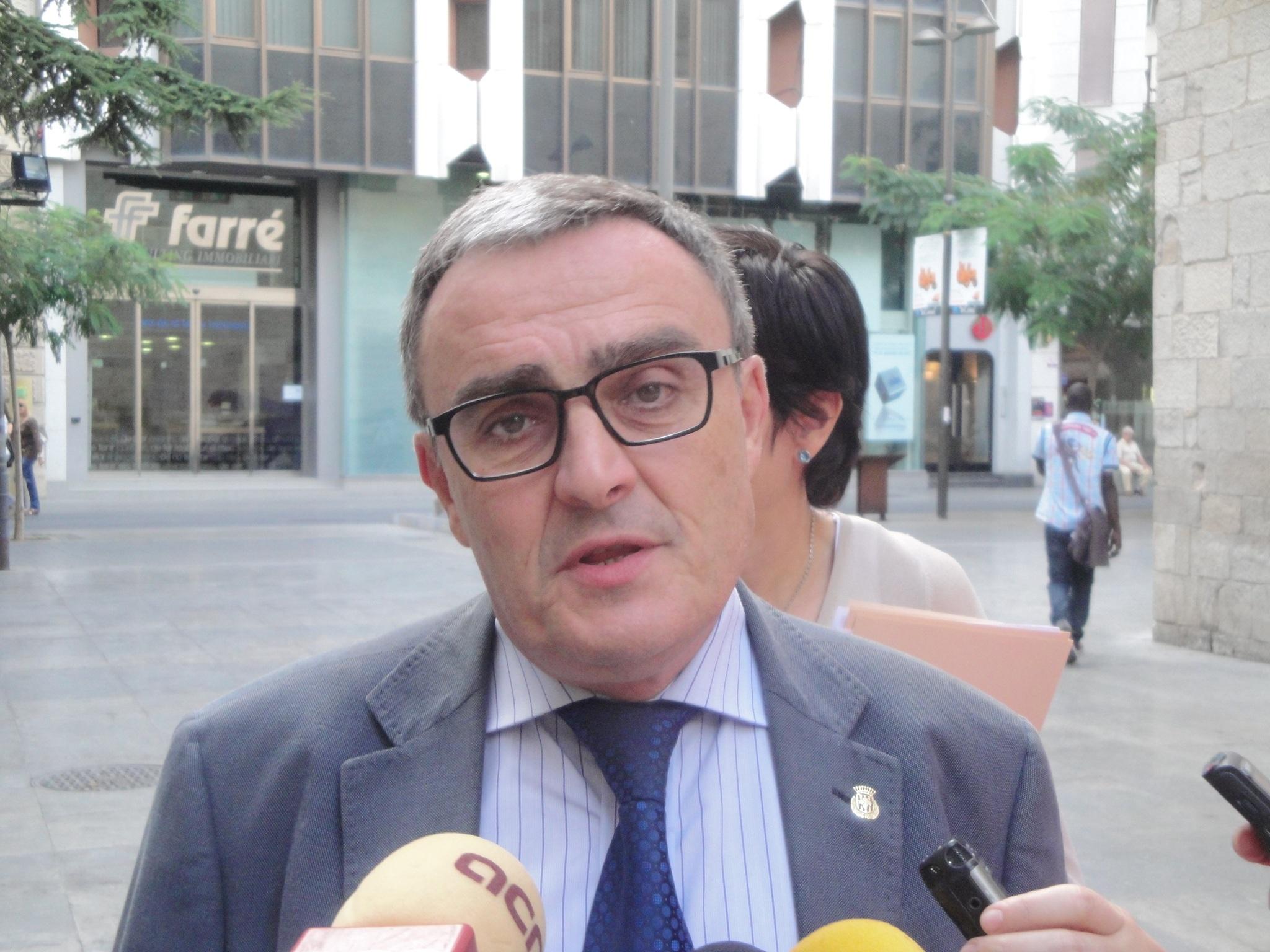 El alcalde de Lleida estudia recurrir la sentencia que anula la prohibición del burka