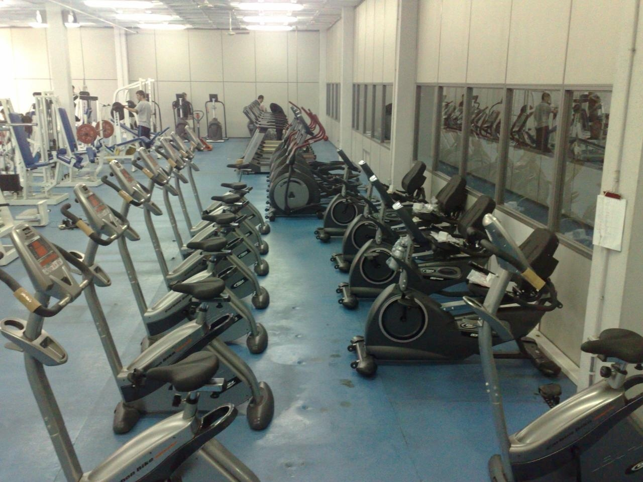 Máquinas de musculación nuevas para las salas deportivas del Palacio de Deportes y Príncipe de Asturias