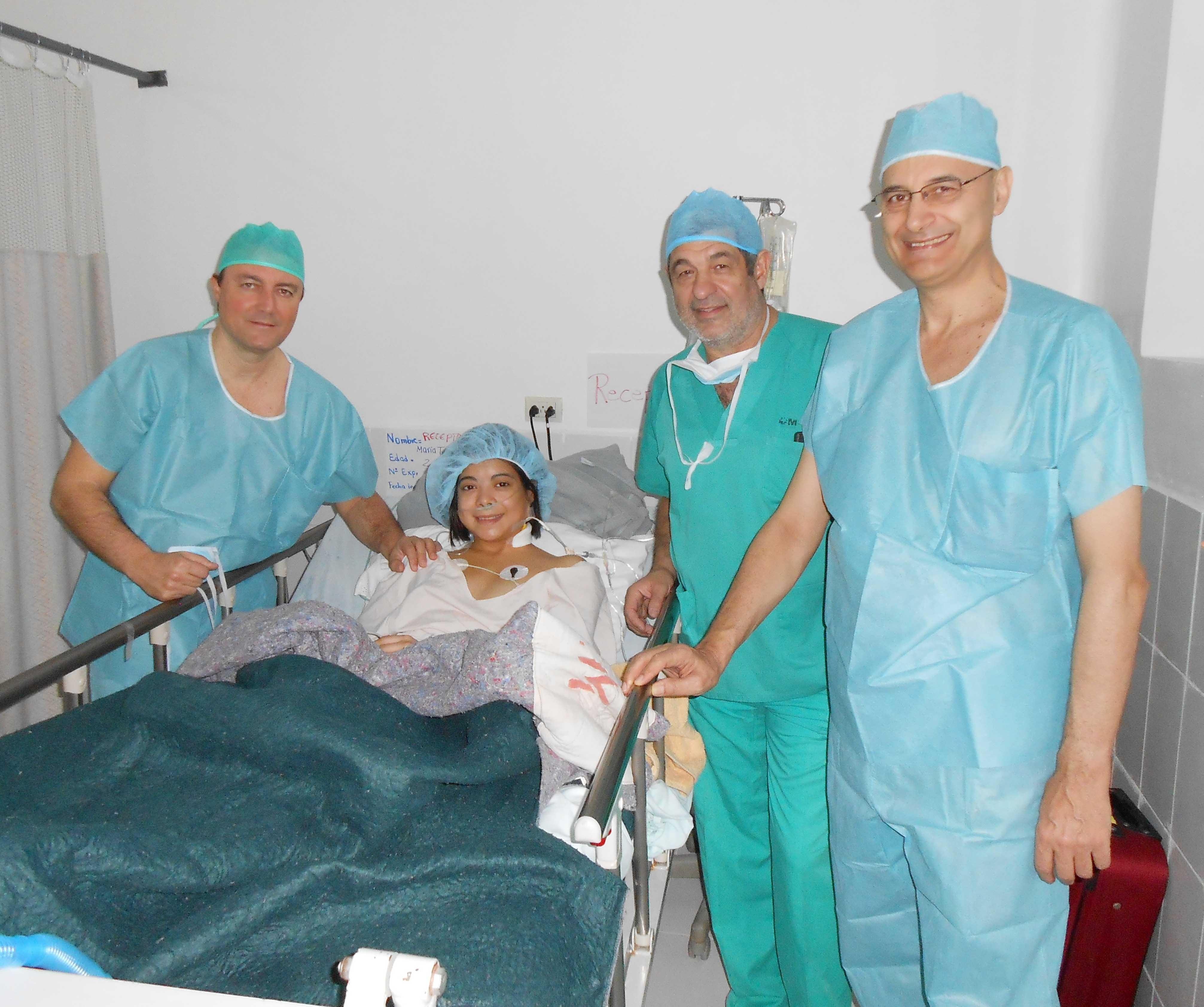 Médicos españoles realizan el primer trasplante renal de donante vivo en Honduras