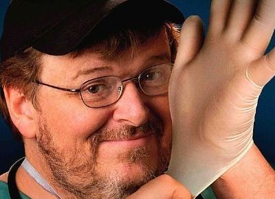Michael Moore pone a prueba la sanidad de EEUU en »Sicko»