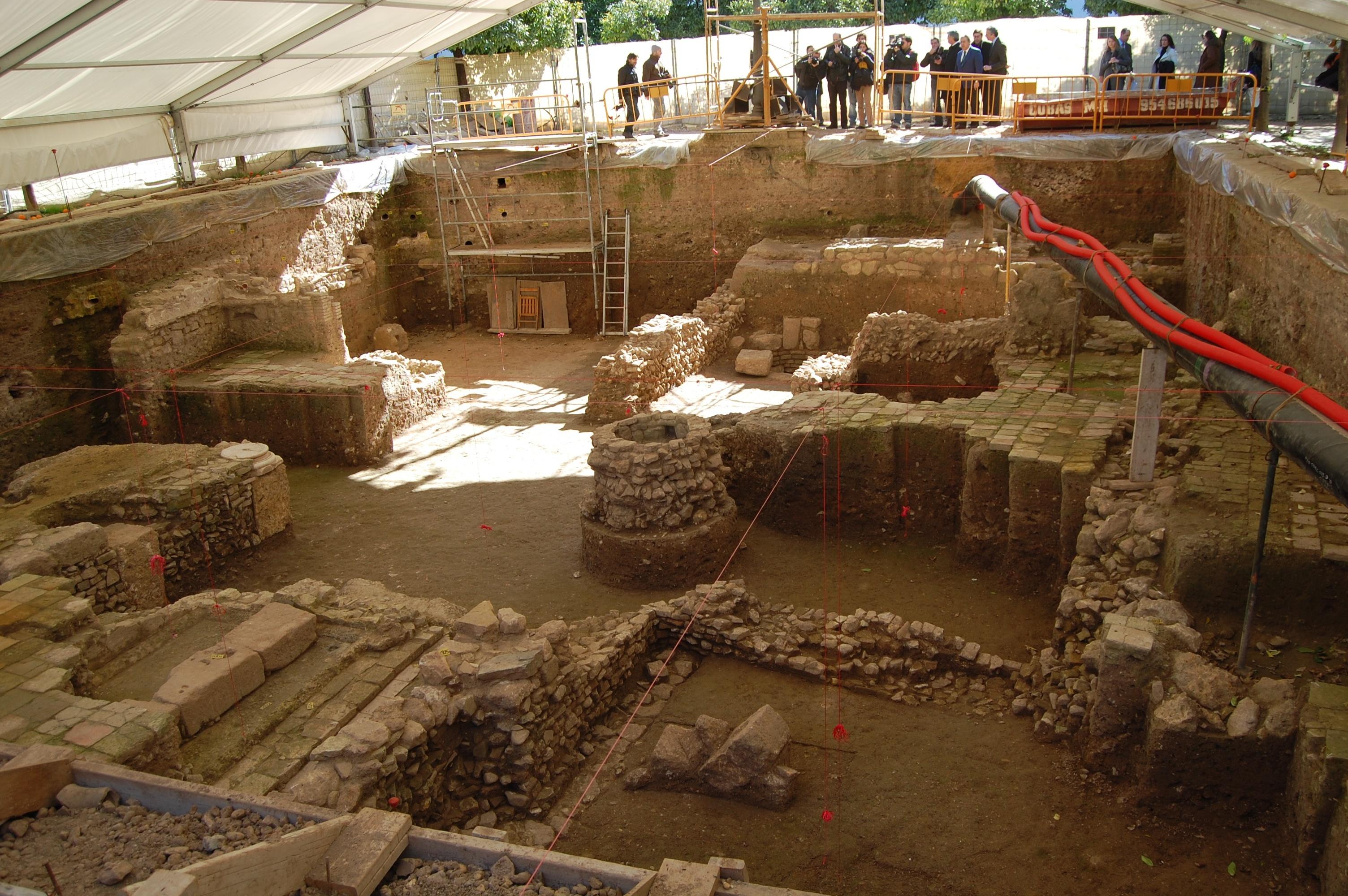 Nuevas obras de consolidación en el yacimiento arqueológico del Patio de Banderas
