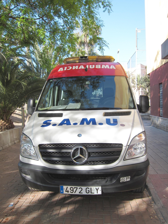 El PSPV presentará mociones y recogerá firmas en los municipios de la Comunitat en contra de los recortes en ambulancias