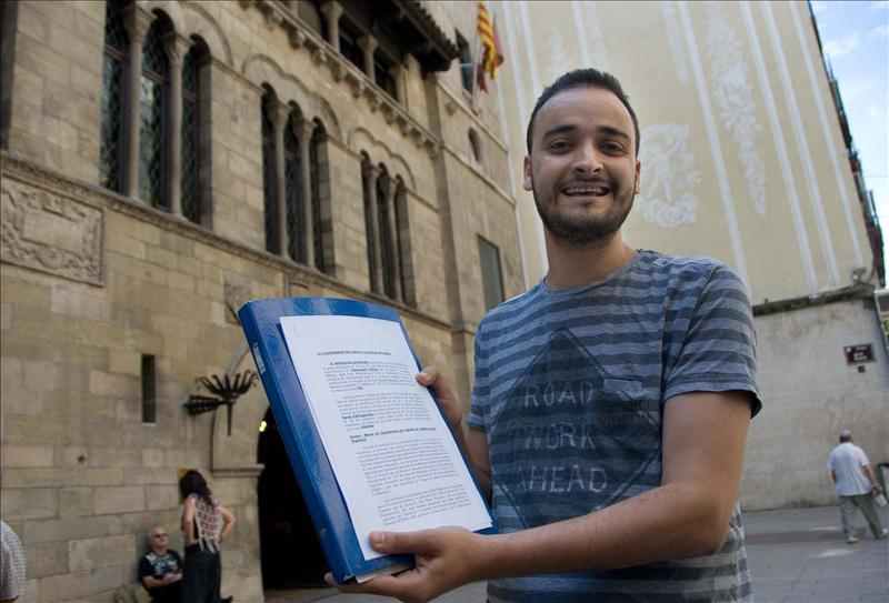 La sentencia del TS mantiene la prohibición del burka solo en los autobuses de Lleida