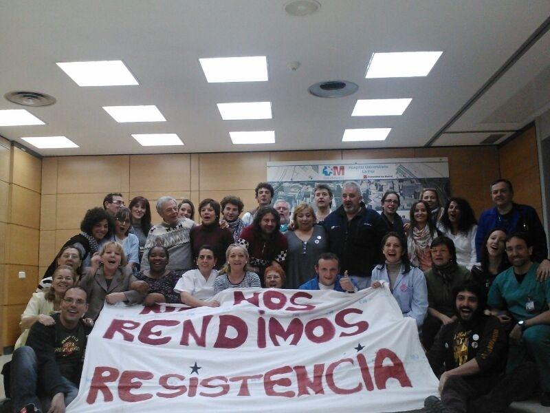Trabajadores de varios hospitales de la región realizan encierros en protesta contra la externalización