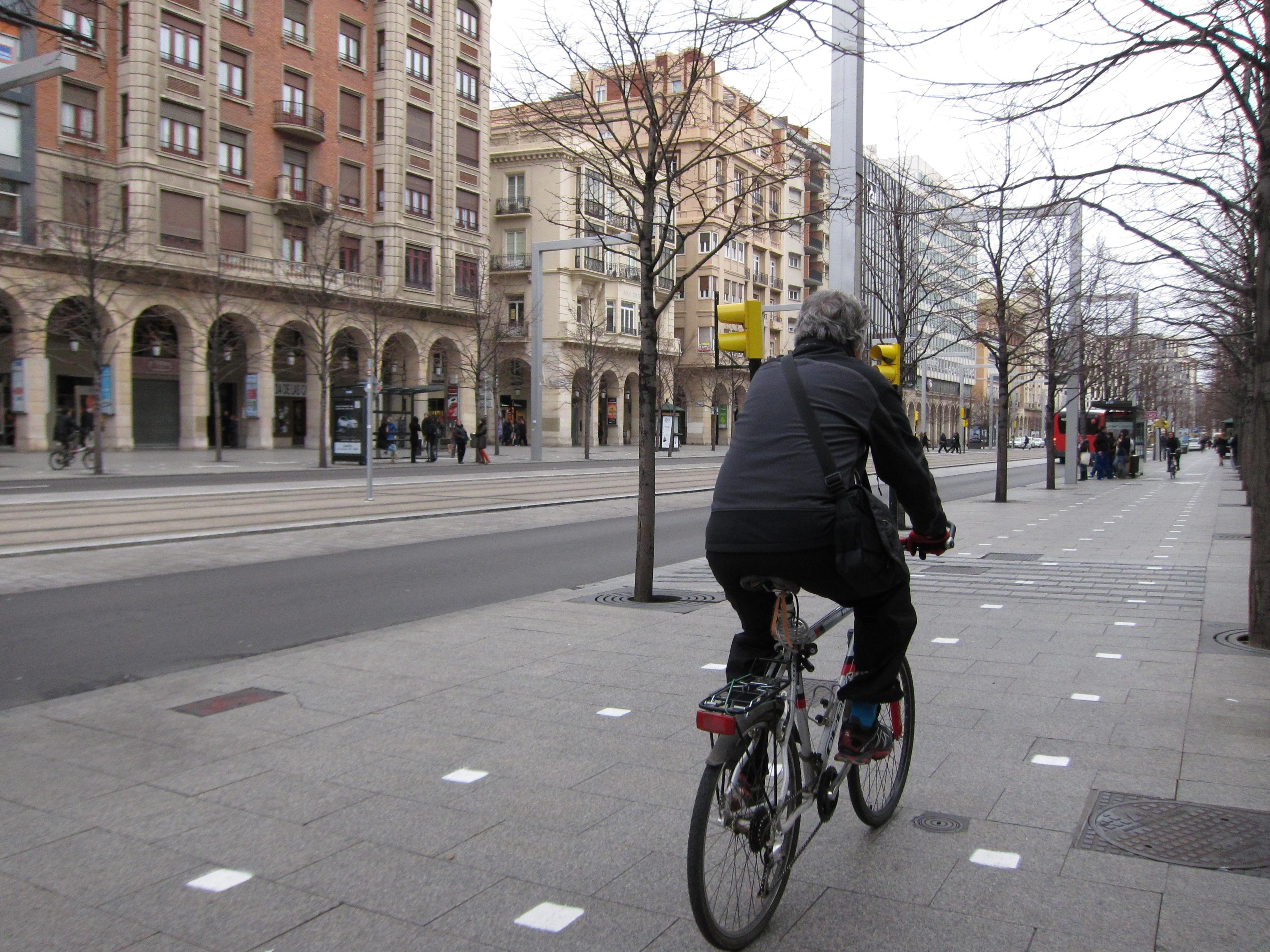 UPyD considera que el Ayuntamiento crea «problemas de convivencia» con el carril bici de Independencia