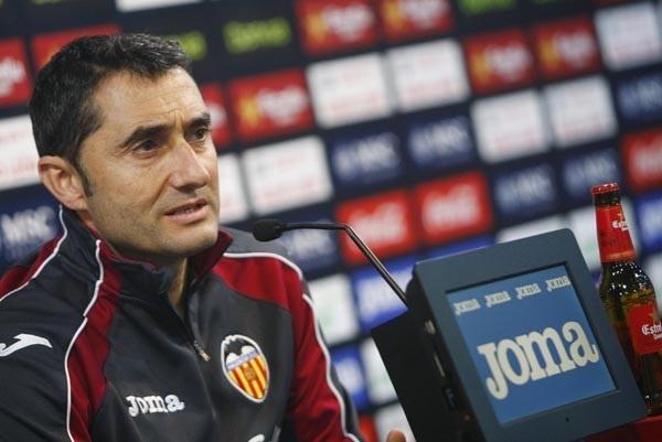 Valverde: «Yo renovaría a JIM como entrenador del Levante»