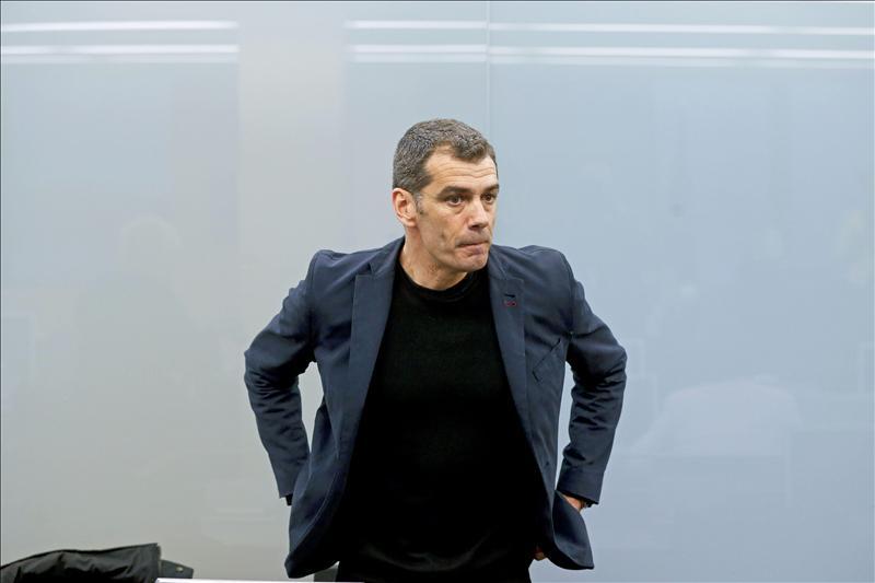 Las asociaciones de mujeres piden el cese de Toni Cantó