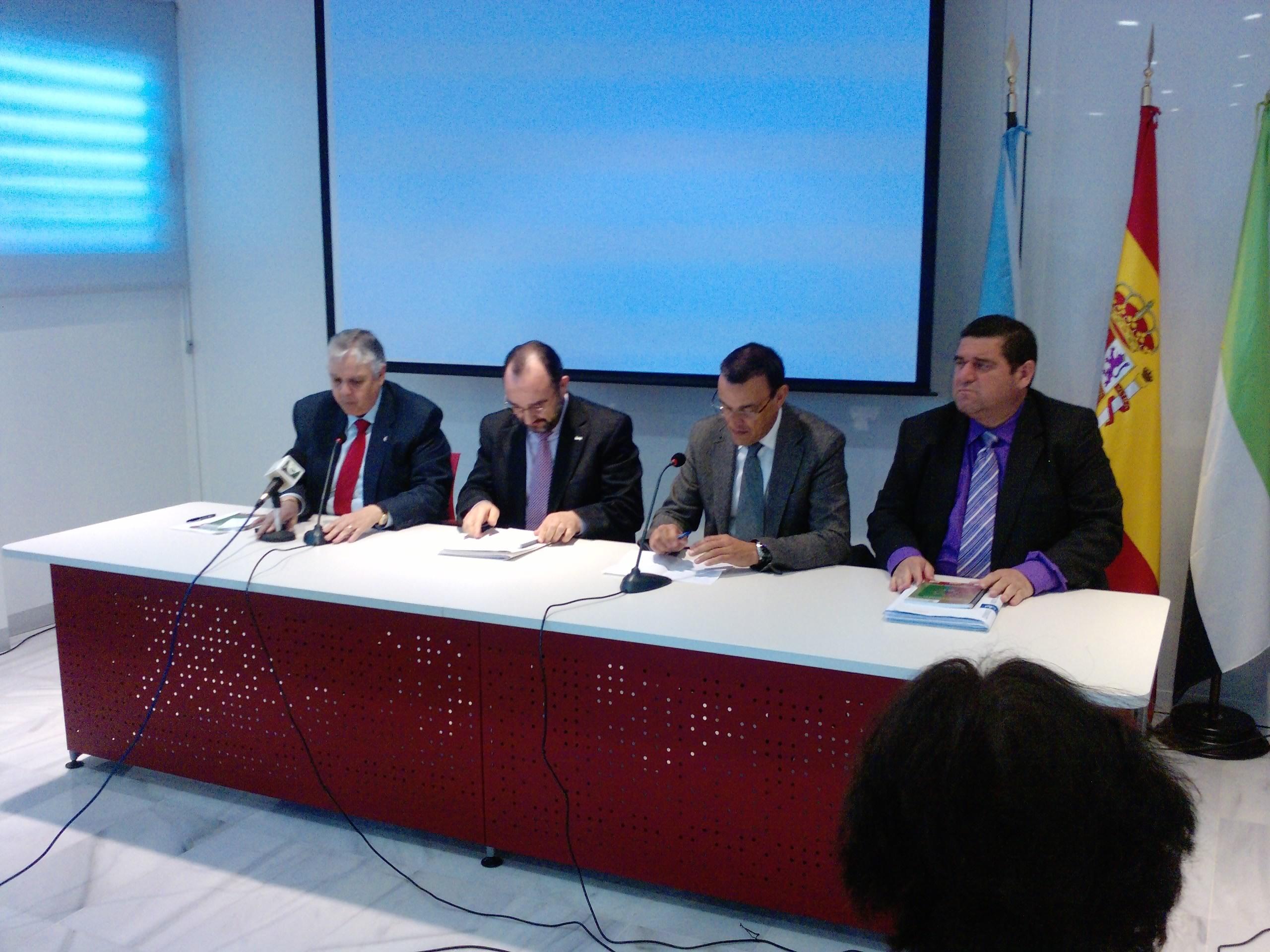 La diputaciones de Huelva y Badajoz se concentrarán el día 8 para reivindicar la Huelva-Zafra