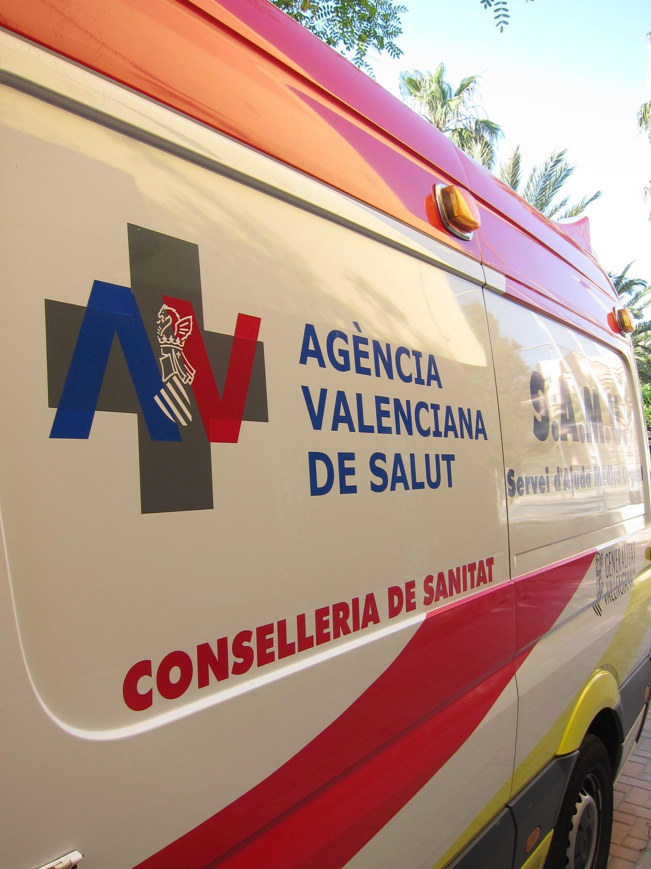 La reorganización del transporte sanitario urgente reduce tres SVB y fija coberturas de 12 horas en 20 municipios