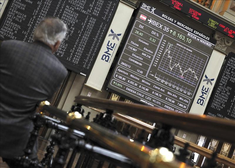 La Bolsa española abre la sesión sin tendencia clara y el IBEX cae el 0,20 por ciento