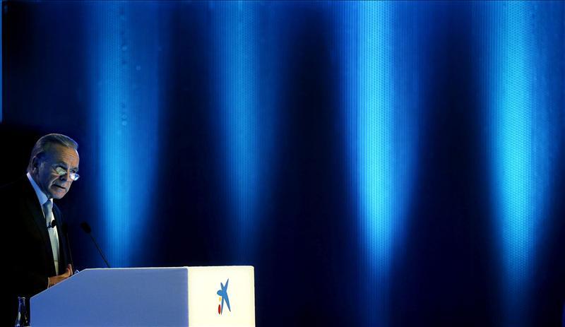 Fainé mantuvo en 2012 su remuneración en 2,67 millones de euros