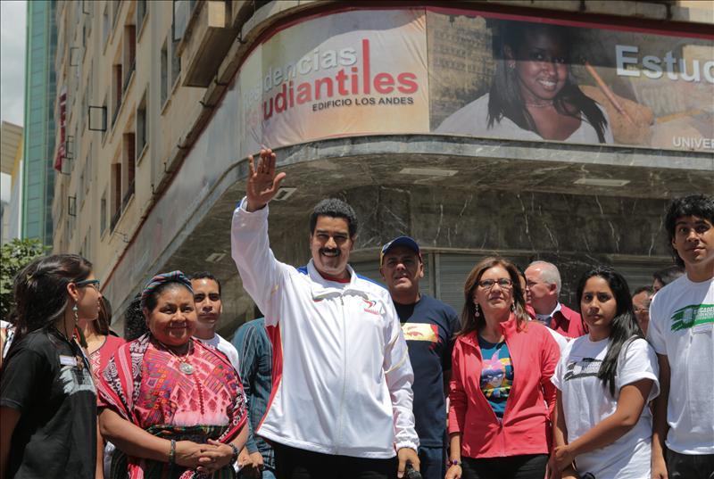 Nicolás Maduro afirma que Chávez sigue «batallando por su vida»