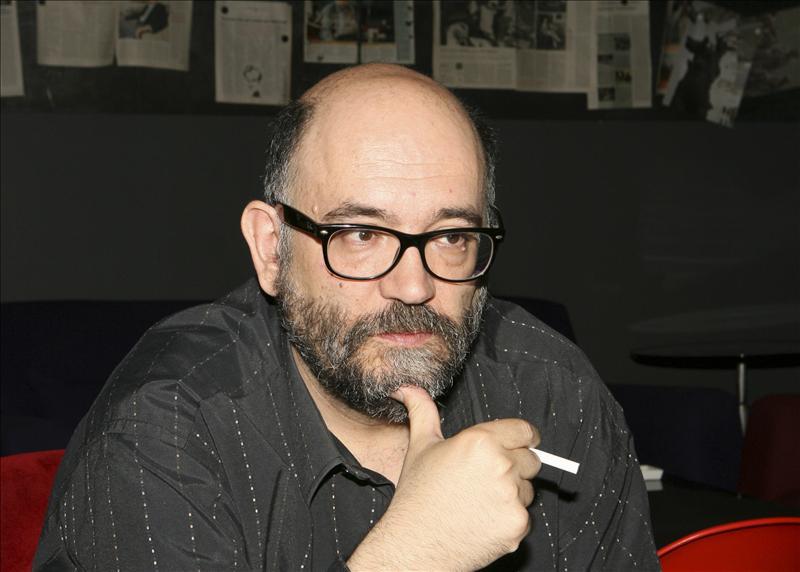 Marcos Ordóñez novela su autobiografía y la de la Barcelona de los 60