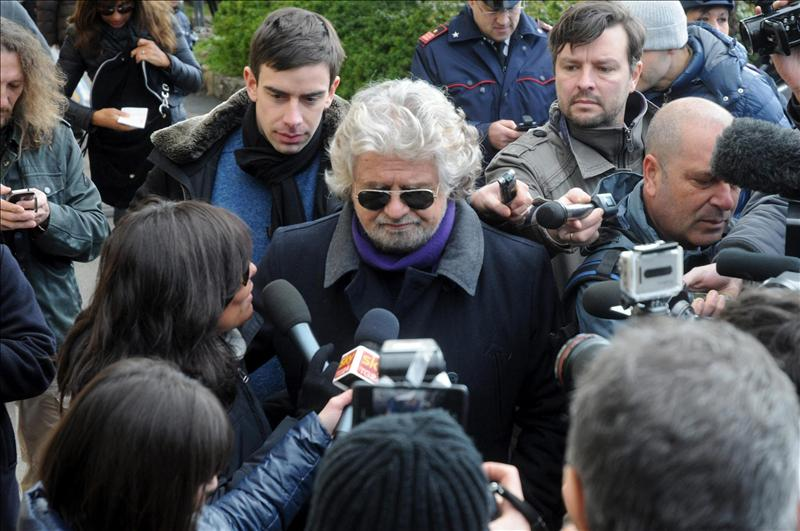 Beppe Grillo afirma que en seis meses Italia no podrá pagar jubilaciones y salarios