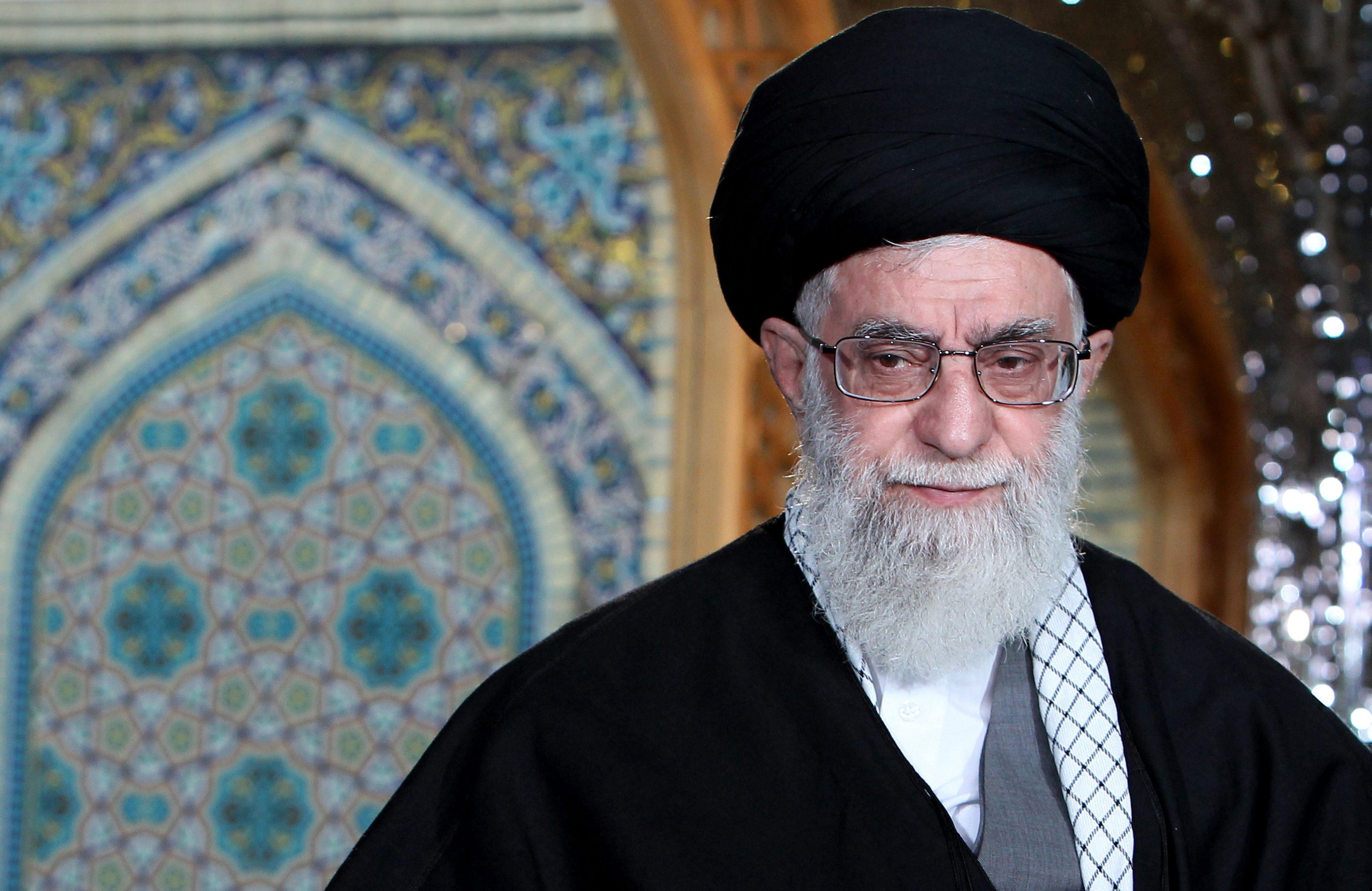 El líder espitirual de Irán tras la muerte de Jomeini, Alí Jameneí