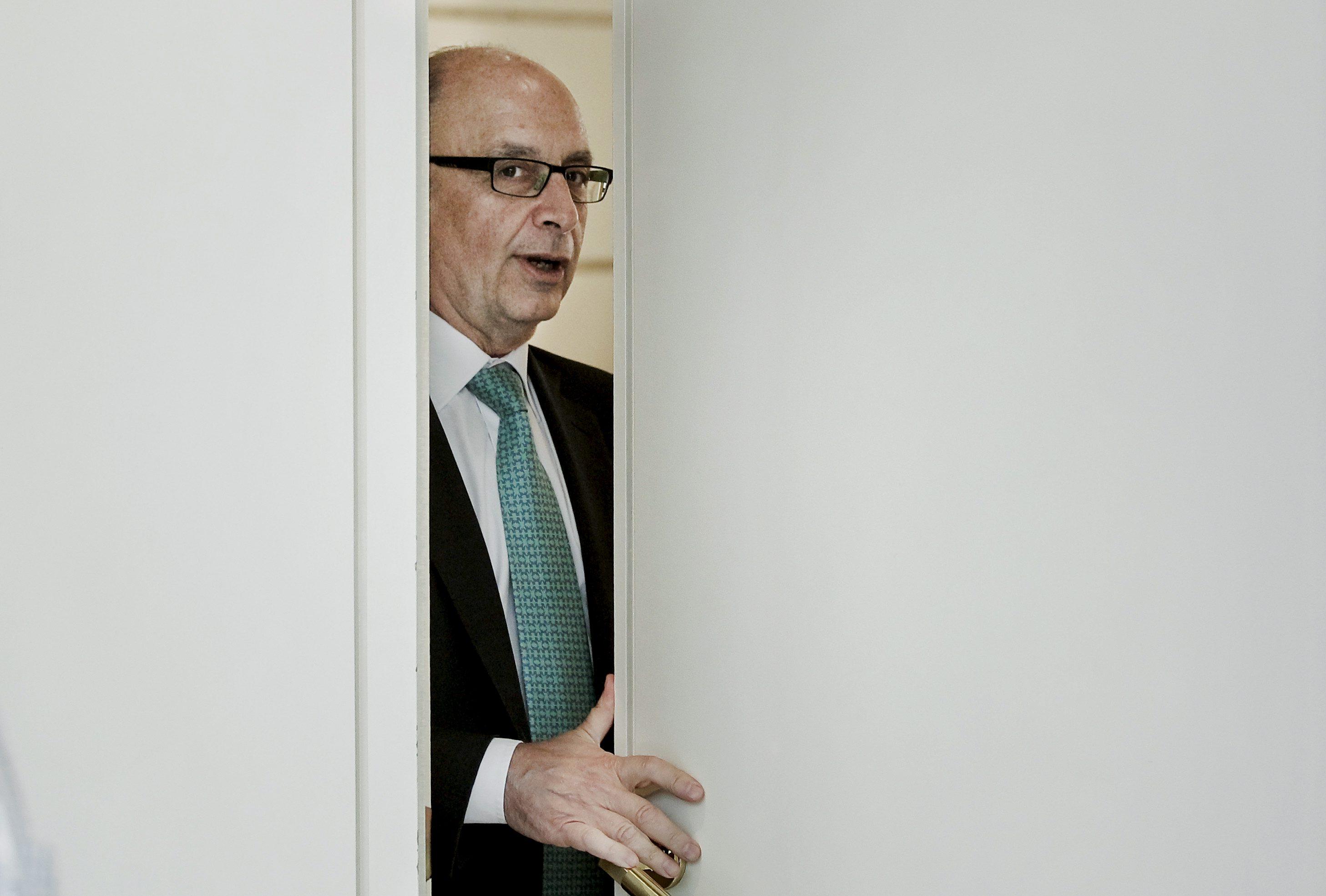 60.814 españoles regalaron en 2012 de la devolución de la declaración a Hacienda