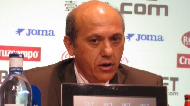 Del Nido se disculpa por acallar las protestas de los aficionados con música tras el partido