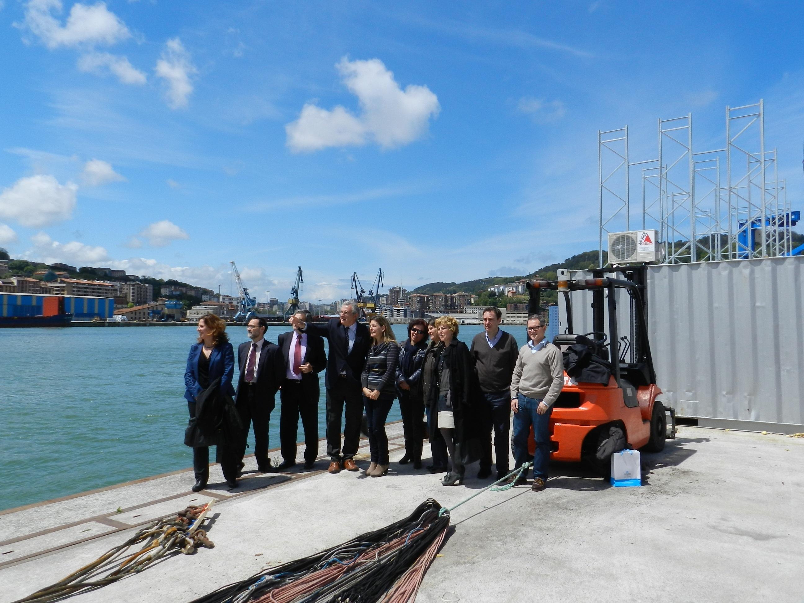 Oregi analiza junto a la APP la regeneración de la bahía de Pasaia (Gipuzkoa)
