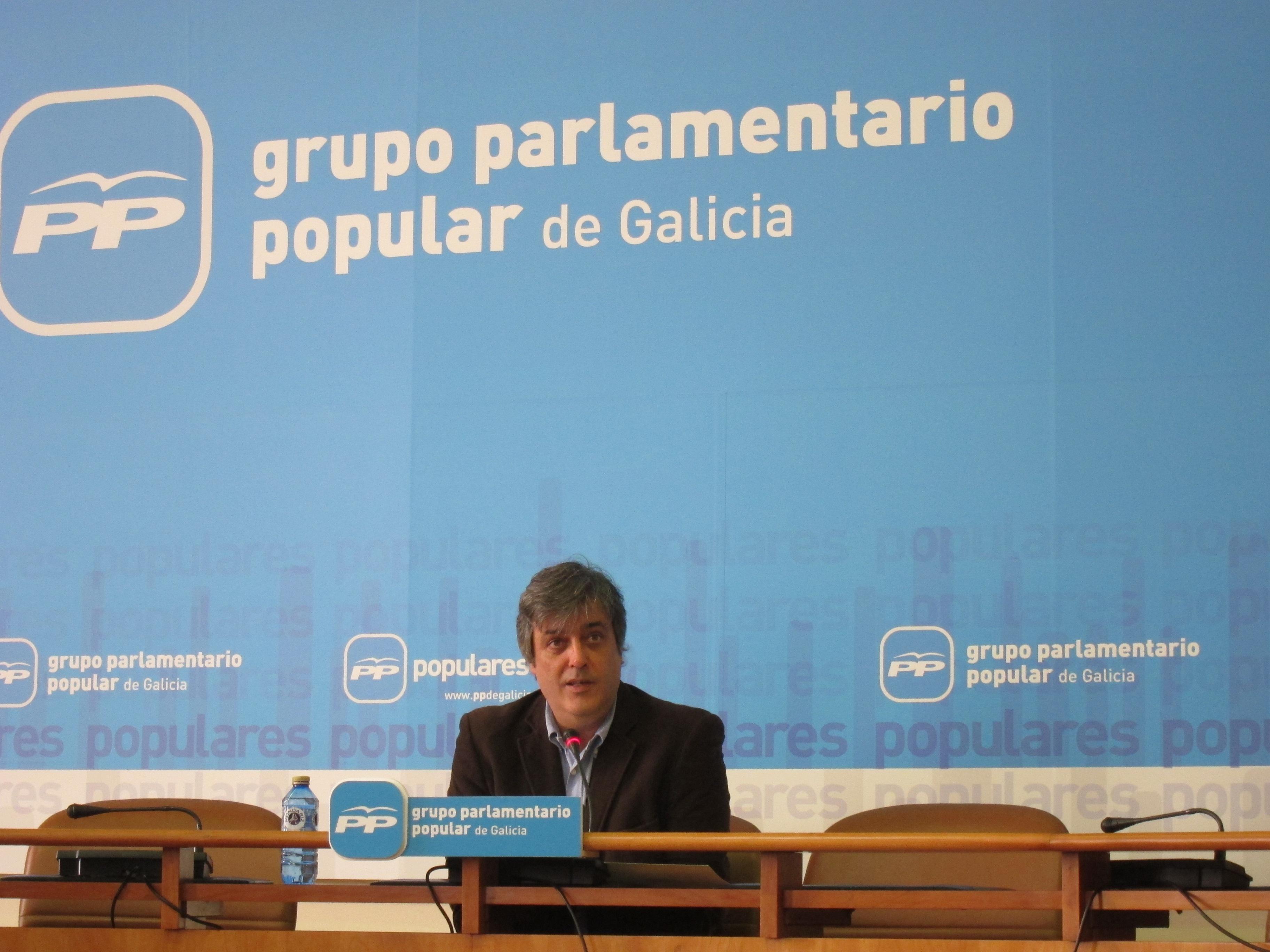 El PPdeG esperará «unos días» la respuesta de la oposición sobre el recorte de escaños aunque puede hacerlo en solitario